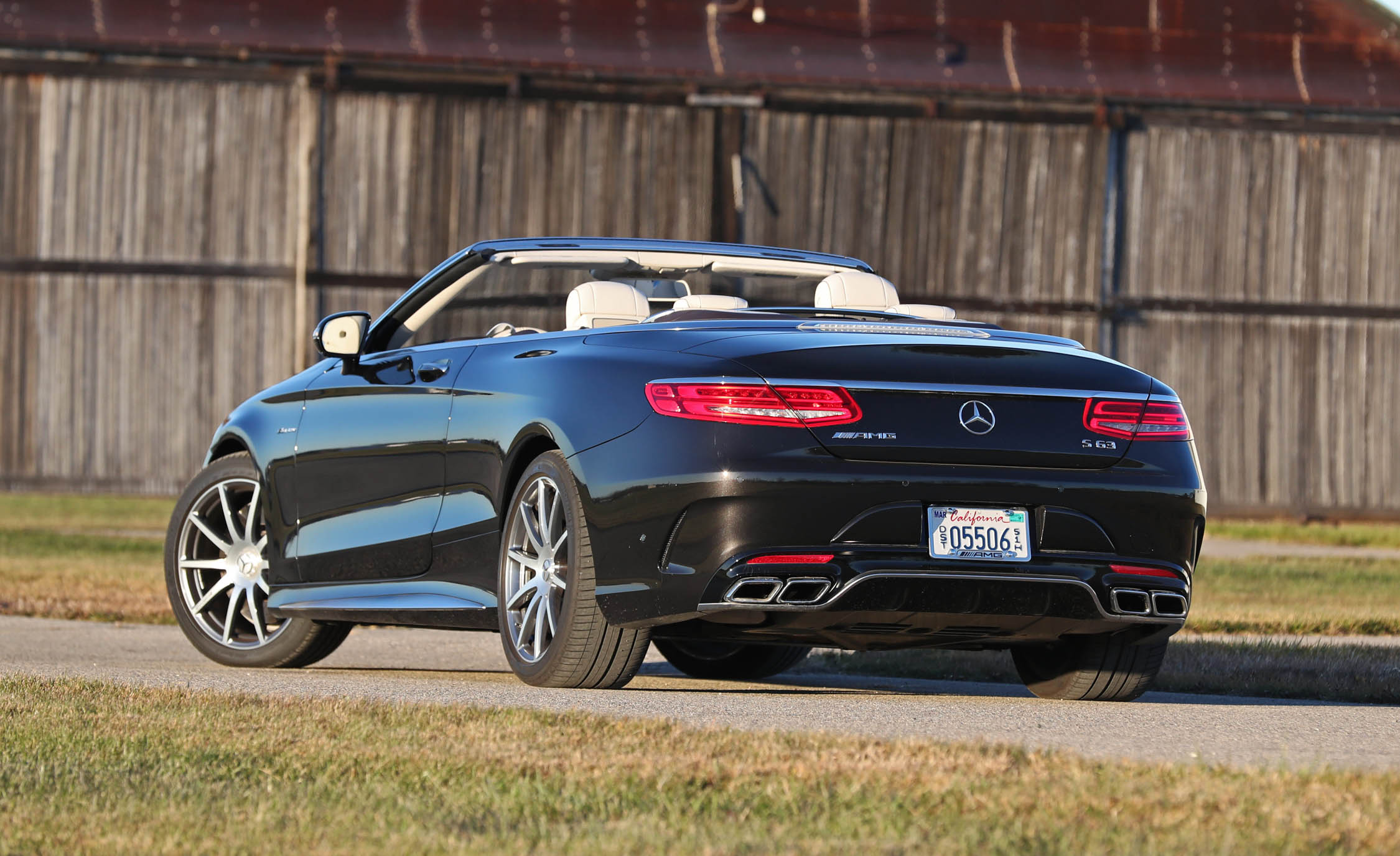 2017 Mercedes Amg S63 Cabriolet Exterior Rear (Photo 6 of 38)