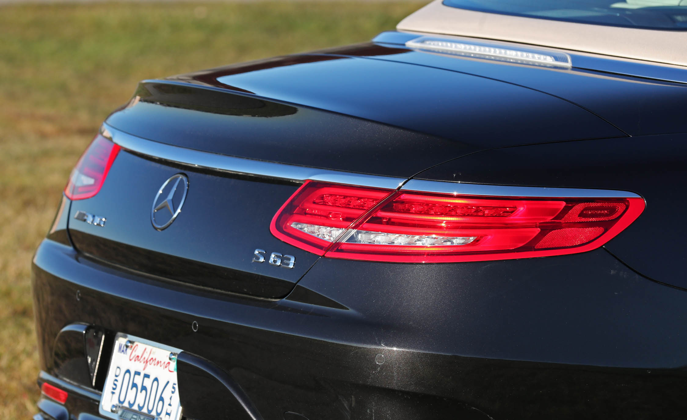 2017 Mercedes Amg S63 Cabriolet Exterior View Taillight (Photo 13 of 38)