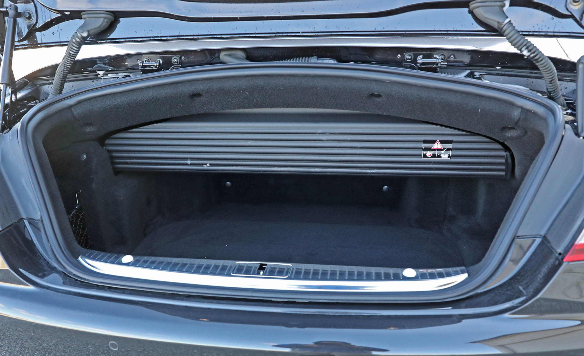 2017 Mercedes Amg S63 Cabriolet Interior View Cargo Trunk (Photo 21 of 38)