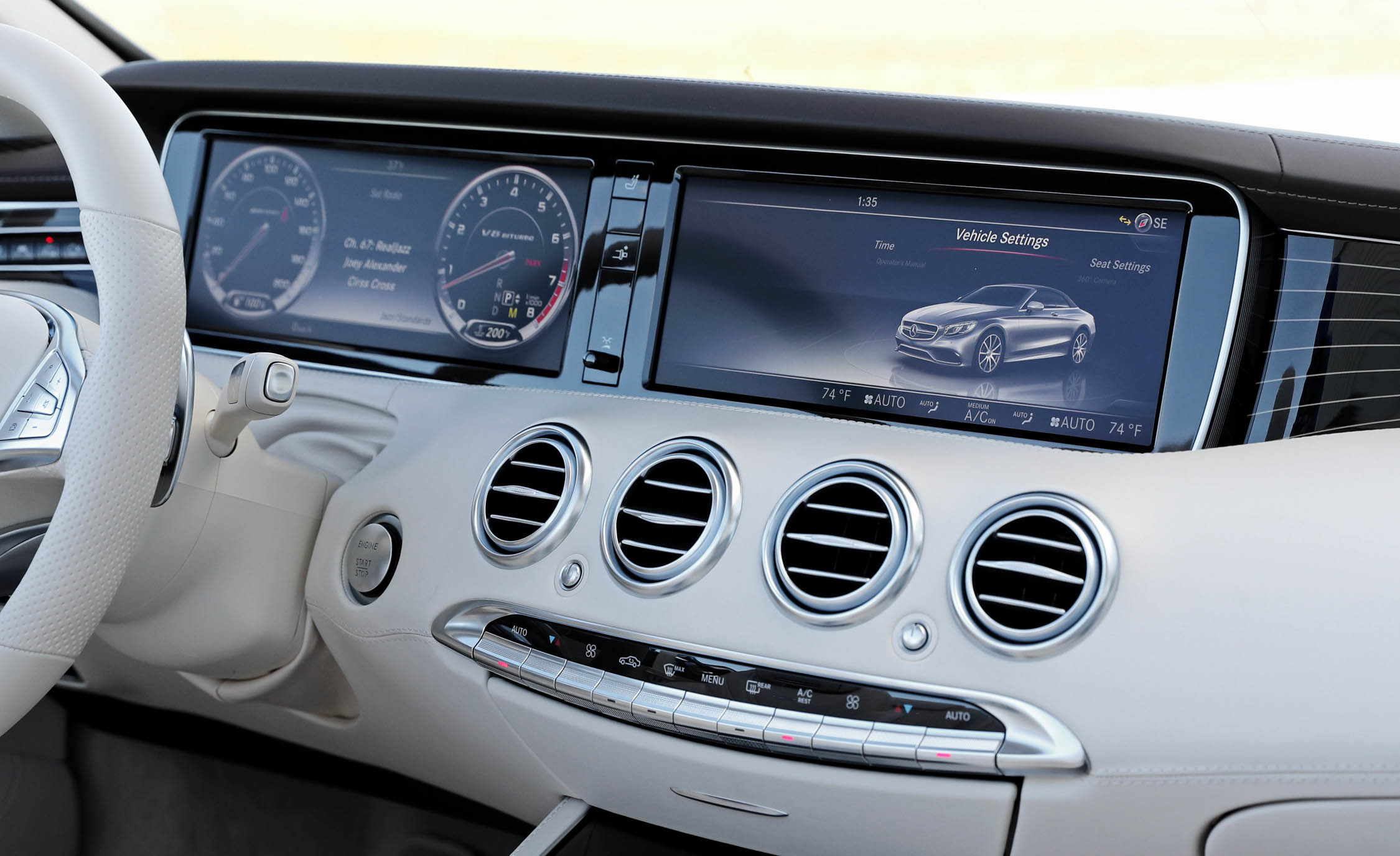 2017 Mercedes Amg S63 Cabriolet Interior View Headunit And Multimedia (Photo 24 of 38)