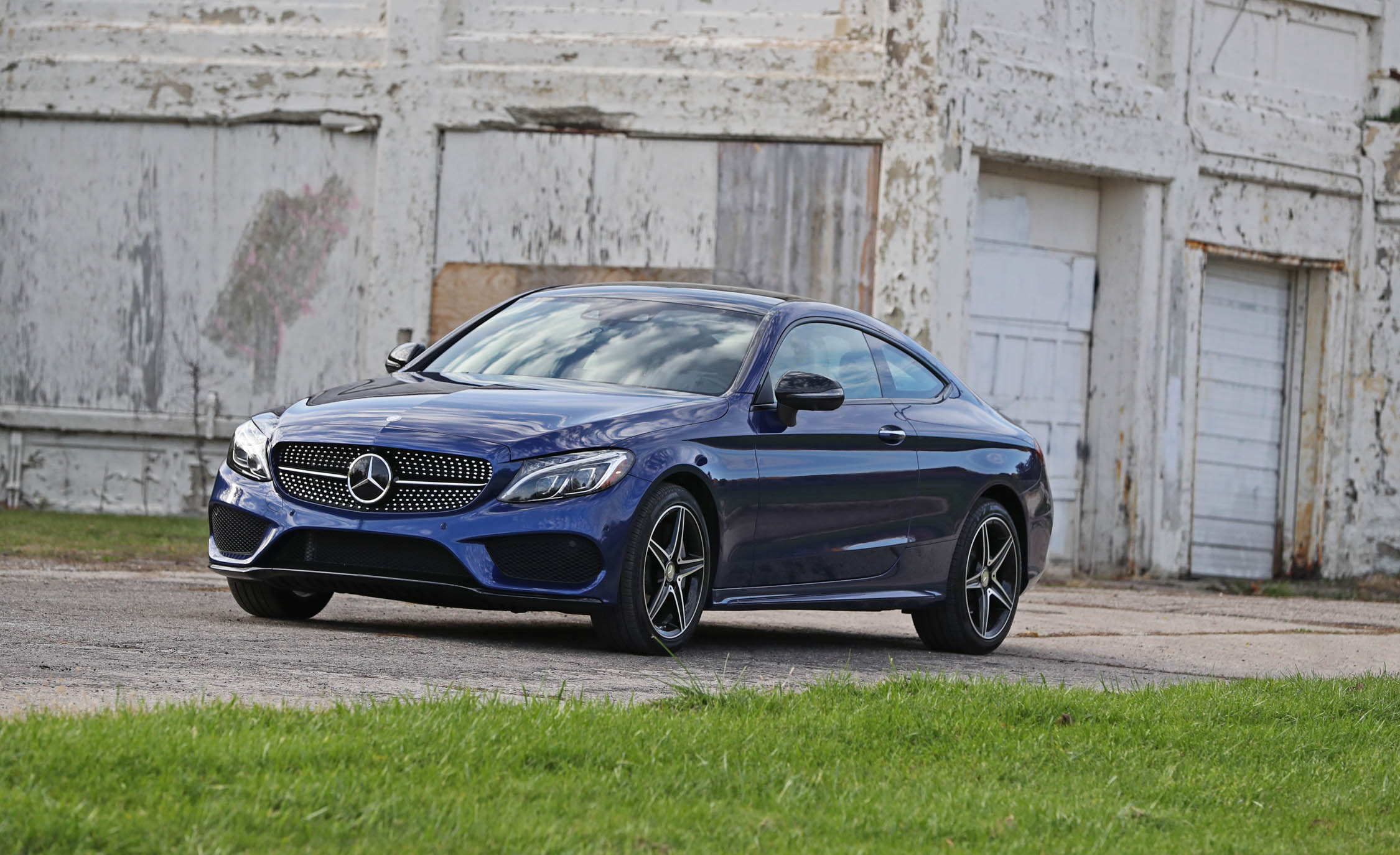 2017 Mercedes Benz C300 4MATIC Coupe Exterior Front And Side (Photo 6 of 44)