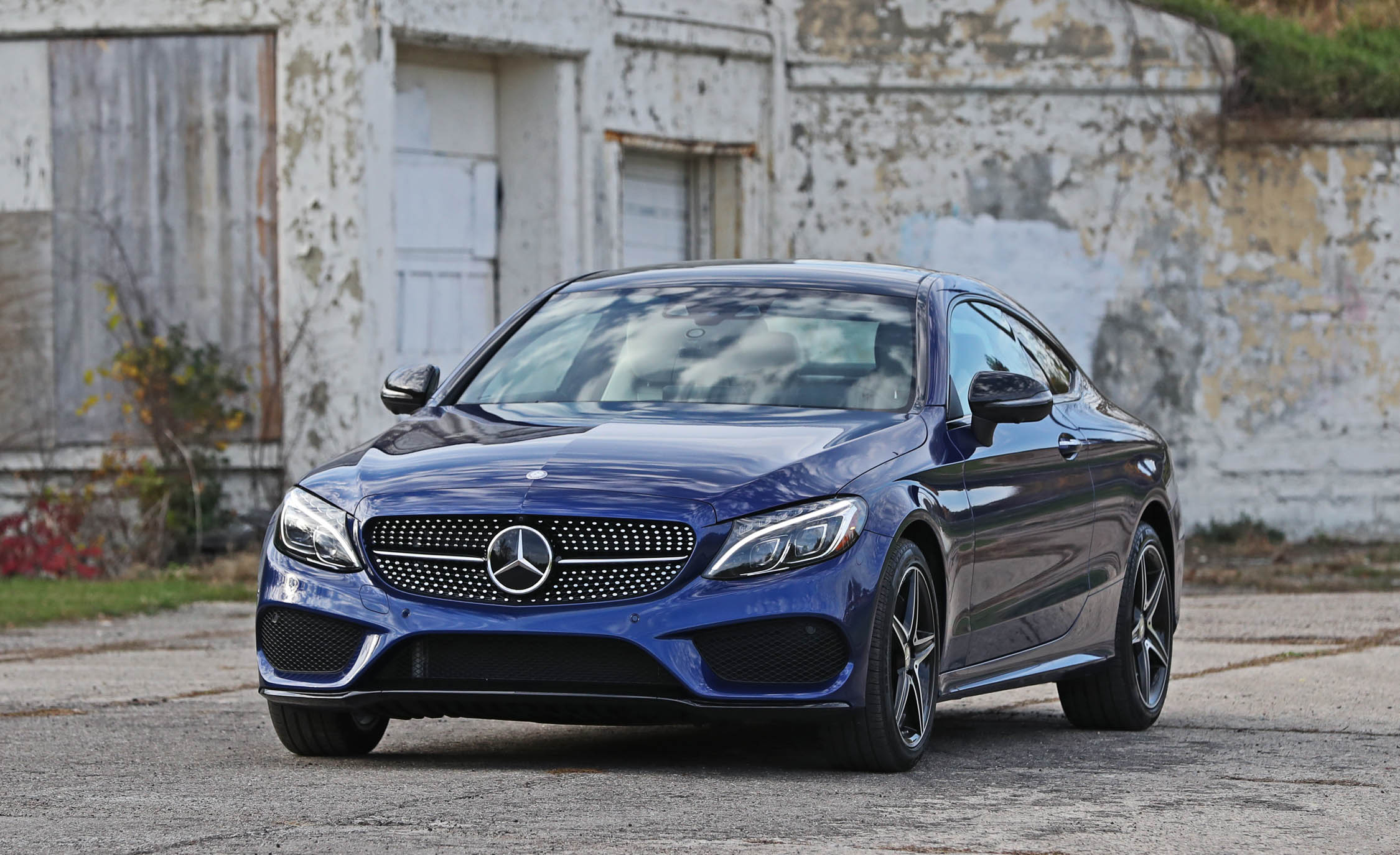 2017 Mercedes Benz C300 4MATIC Coupe Exterior Front (Photo 5 of 44)