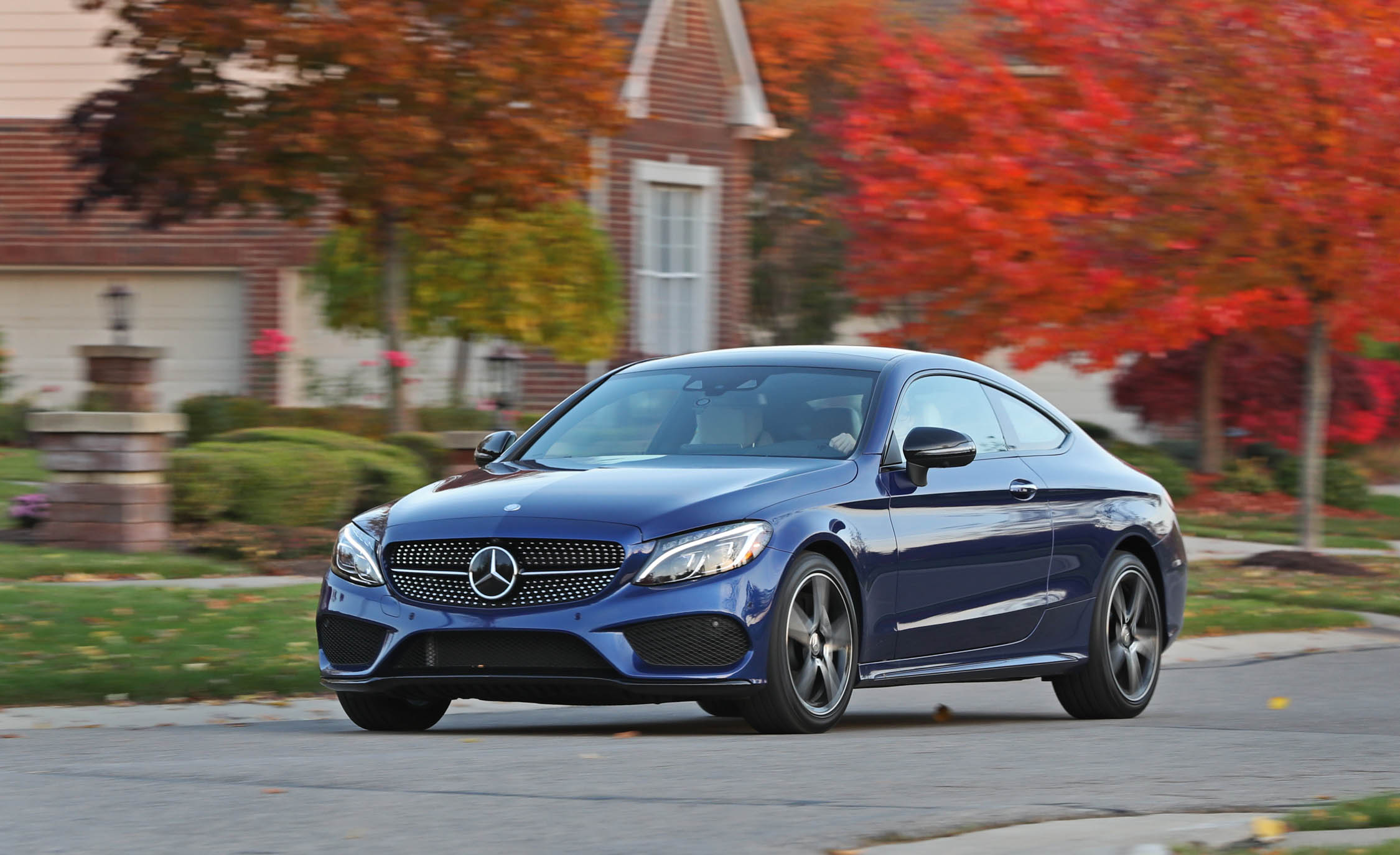 2017 Mercedes Benz C300 4MATIC Coupe Test Drive Blue Color (Photo 36 of 44)