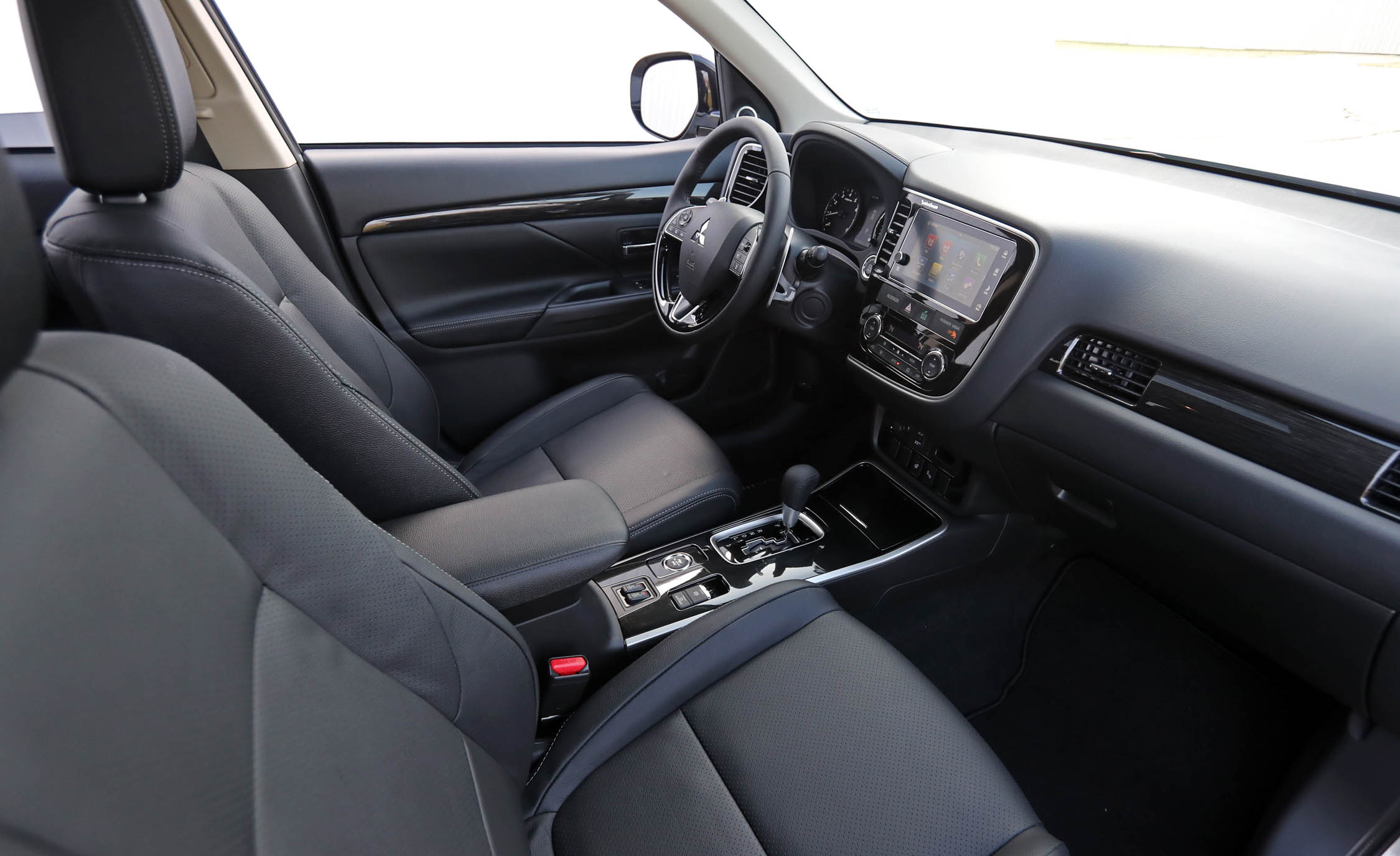 2017 Mitsubishi Outlander Gt Interior Dashboard (Photo 15 of 34)