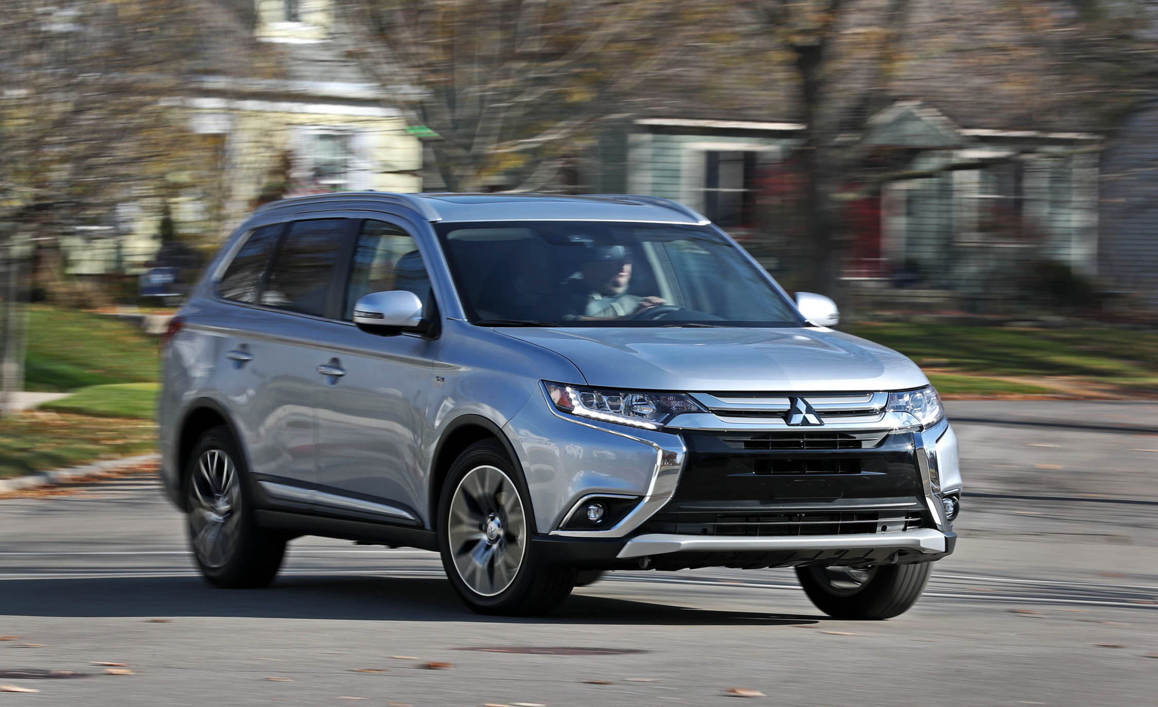 Featured Image of 2017 Mitsubishi Outlander