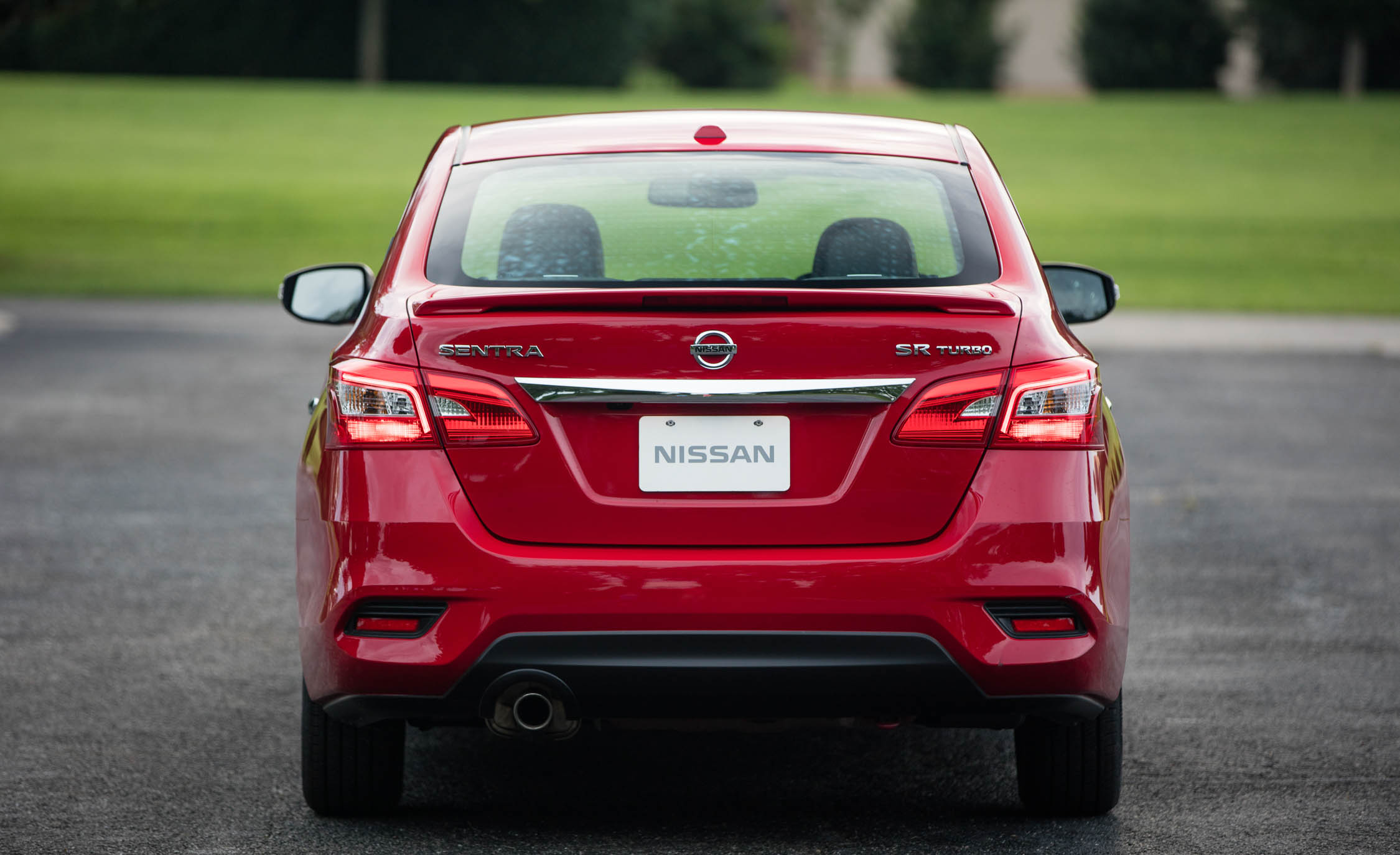 2017 Nissan Sentra SR Turbo (Photo 17 of 27)