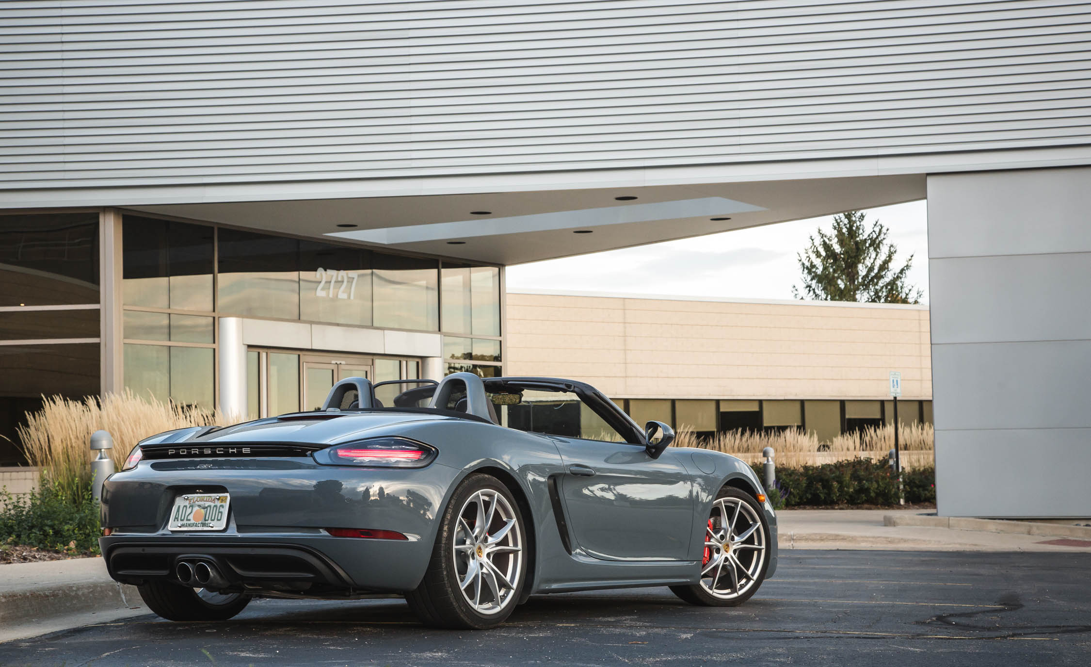 2017 Porsche 718 Boxster S Exterior Rear Side And Rear (View 24 of 71)