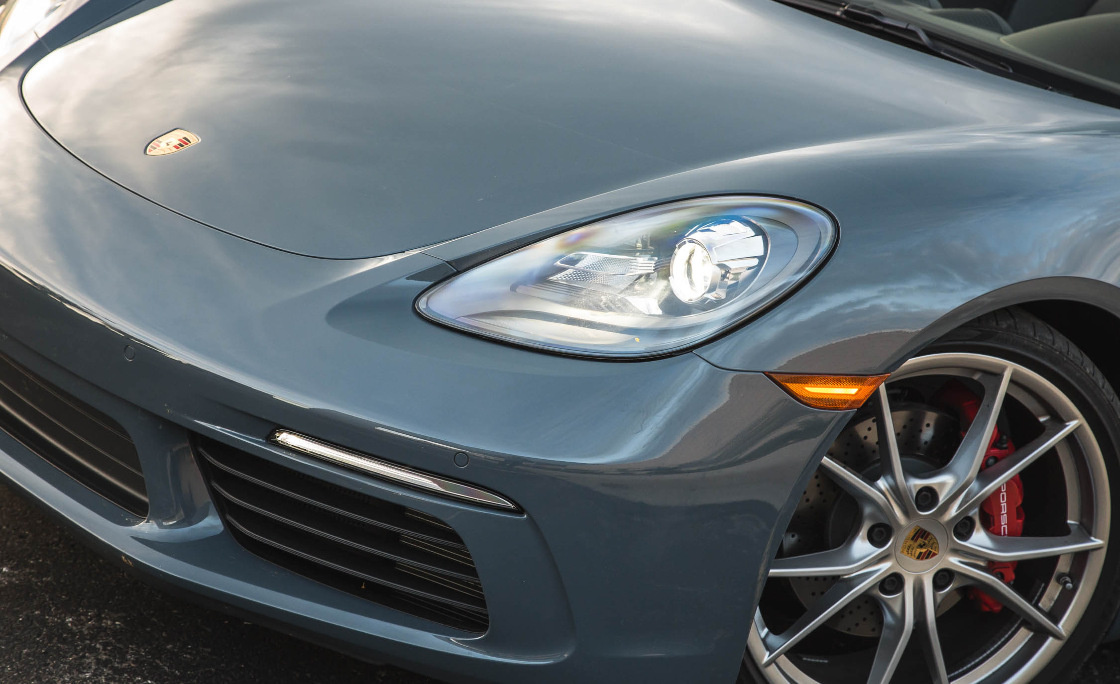 2017 Porsche 718 Boxster S Exterior View Headlight And Bumper (View 26 of 71)