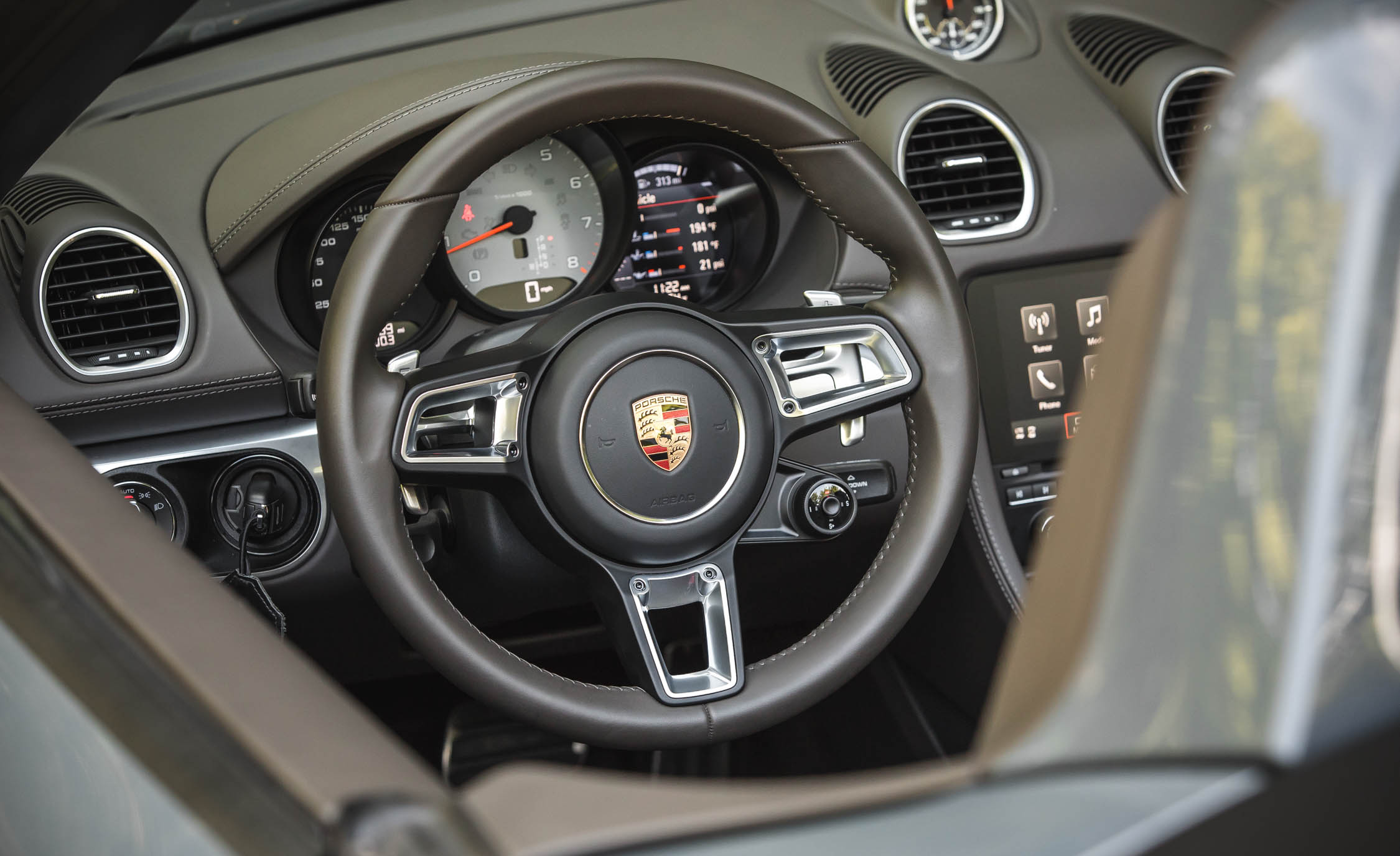 2017 Porsche 718 Boxster S Interior View Steering Wheel (View 36 of 71)