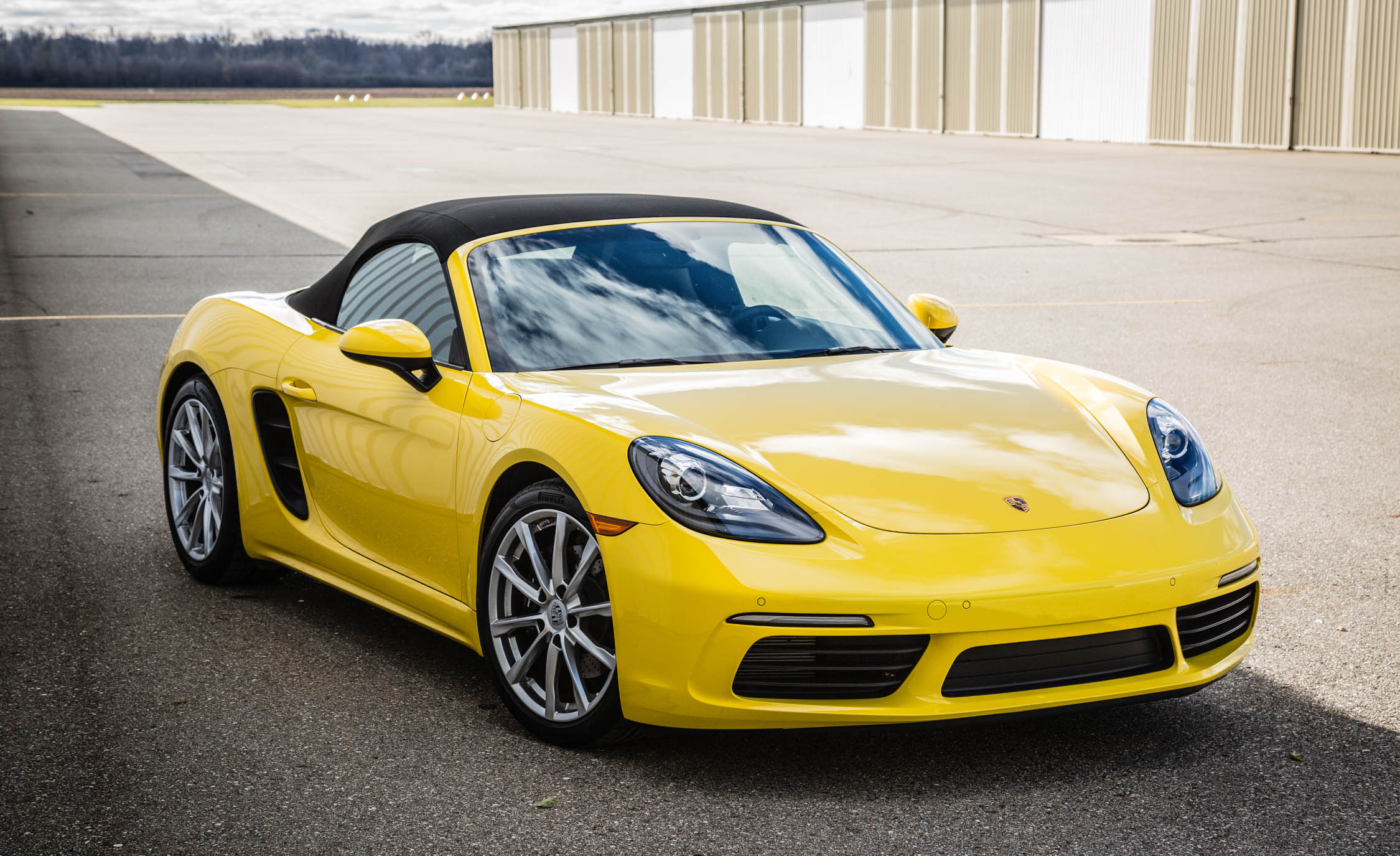 2017 Porsche 718 Boxster Exterior Yellow (View 7 of 71)