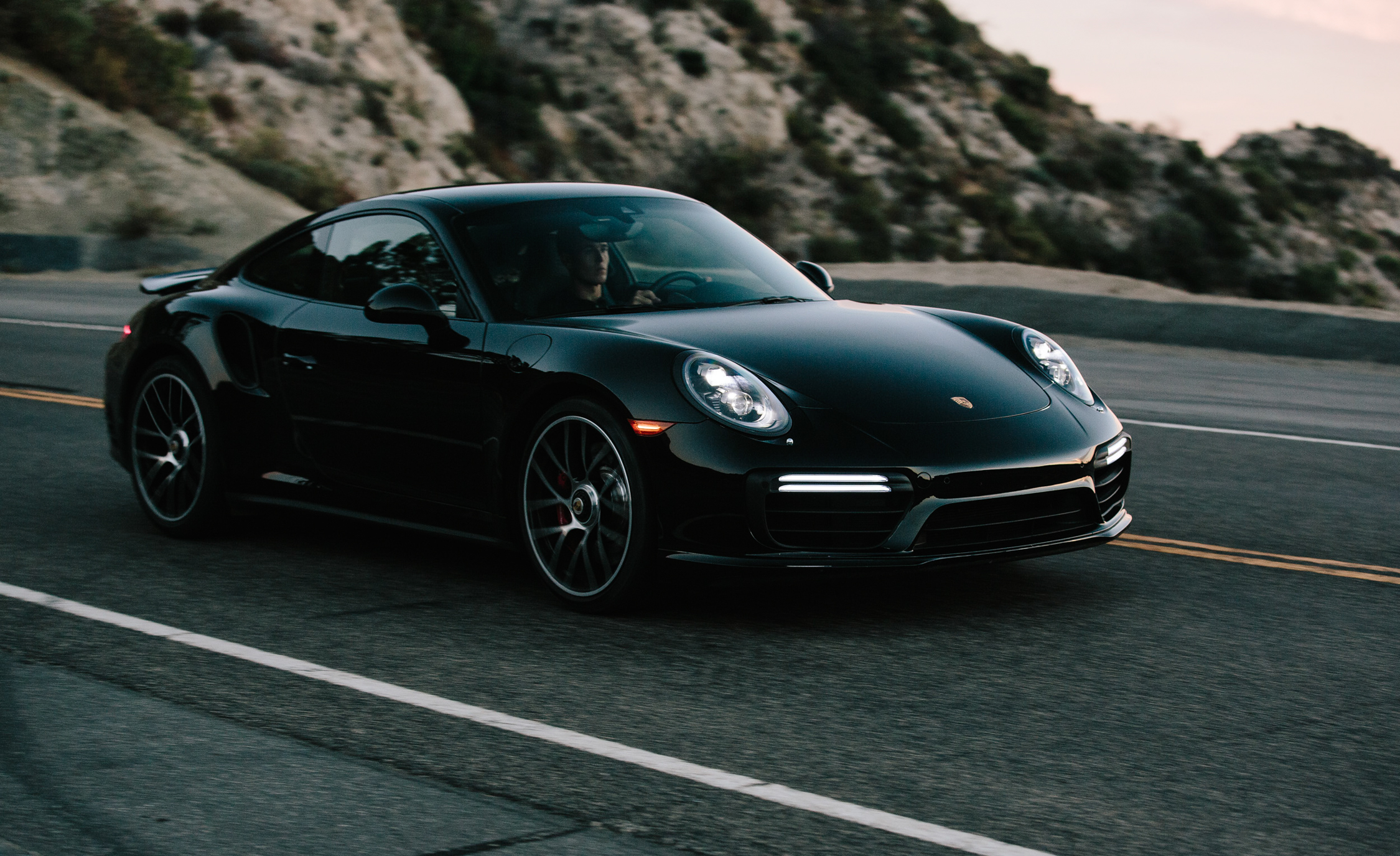 2017 Porsche 911 Turbo Black (Photo 2 of 58)