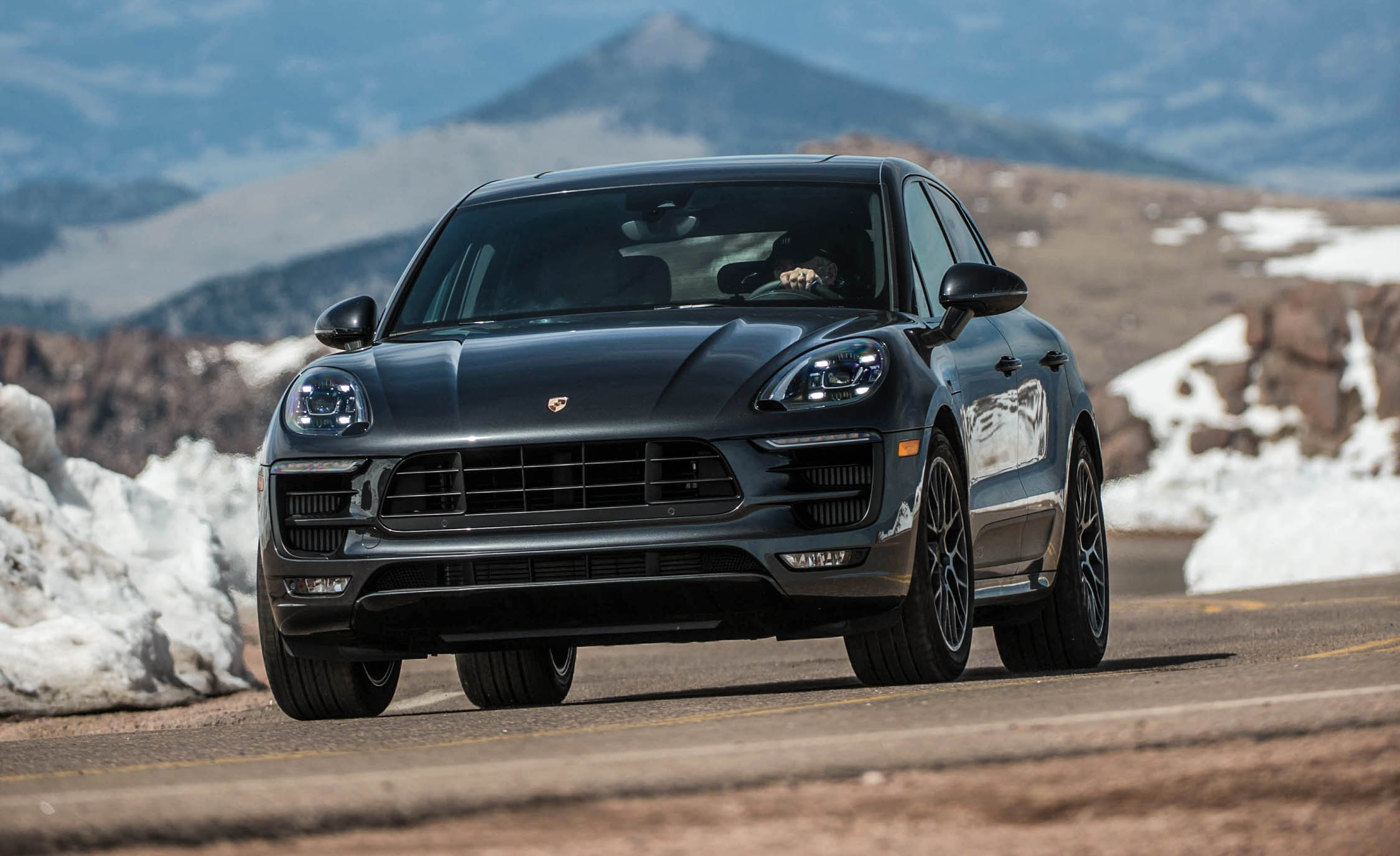 2017 Porsche Macan GTS (Photo 27 of 30)