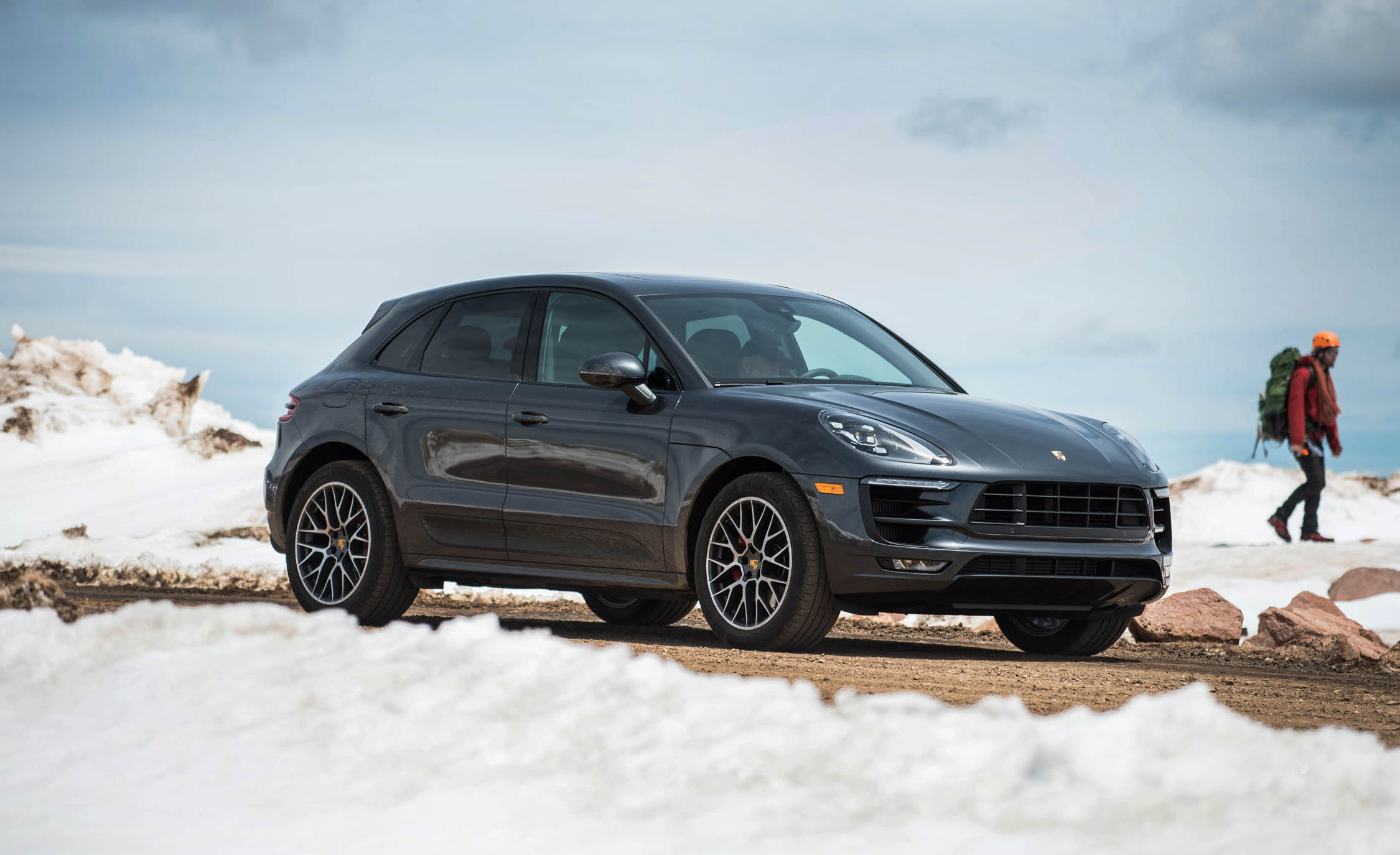 2017 Porsche Macan GTS (Photo 24 of 30)
