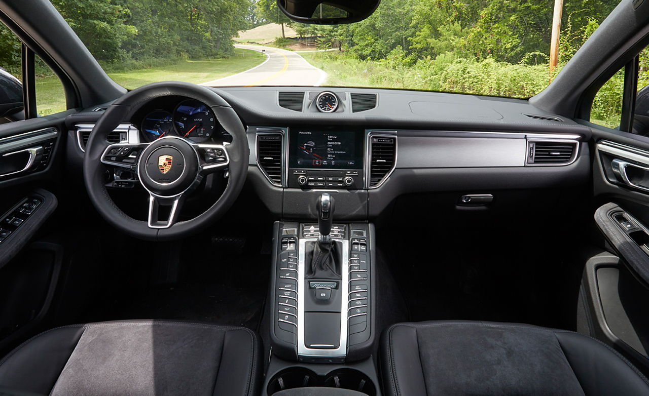 2017 Porsche Macan GTS Interior (View 19 of 30)