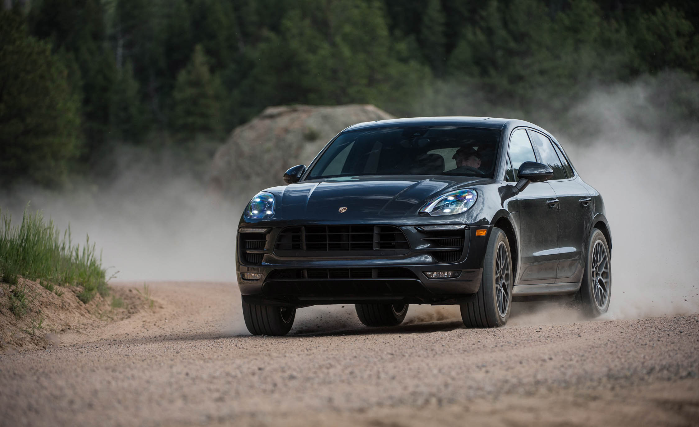 2017 Porsche Macan GTS (Photo 9 of 30)