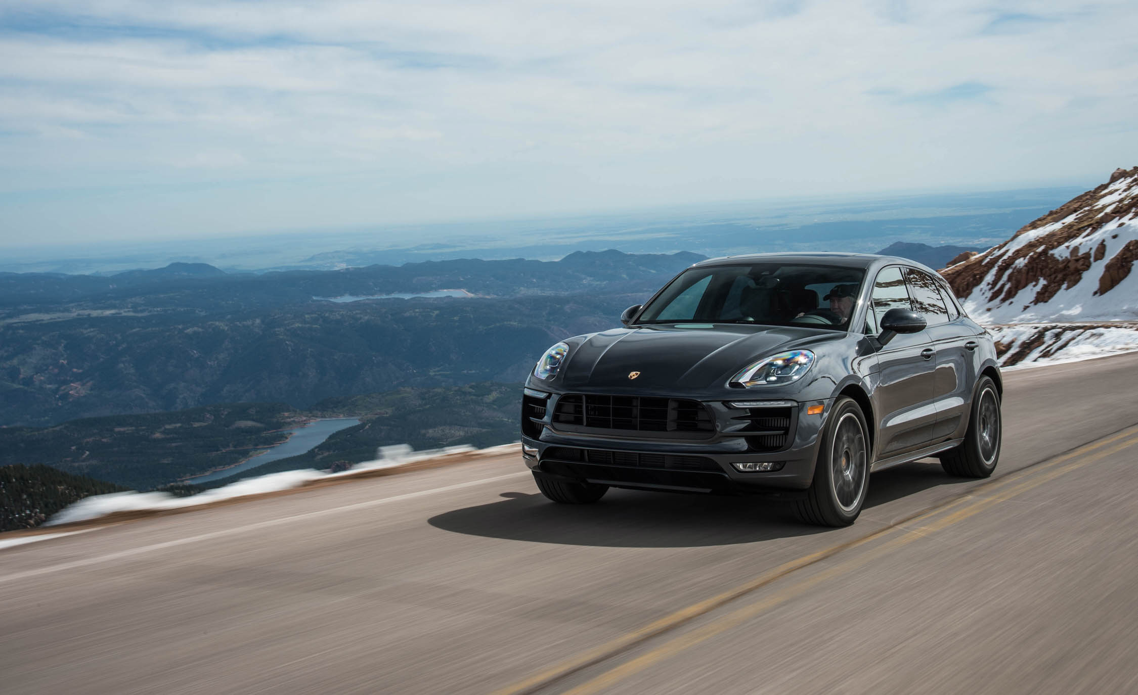 2017 Porsche Macan GTS (View 1 of 30)