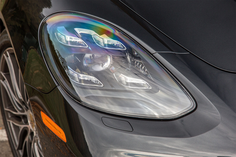2017 Porsche Panamera (Photo 5 of 13)