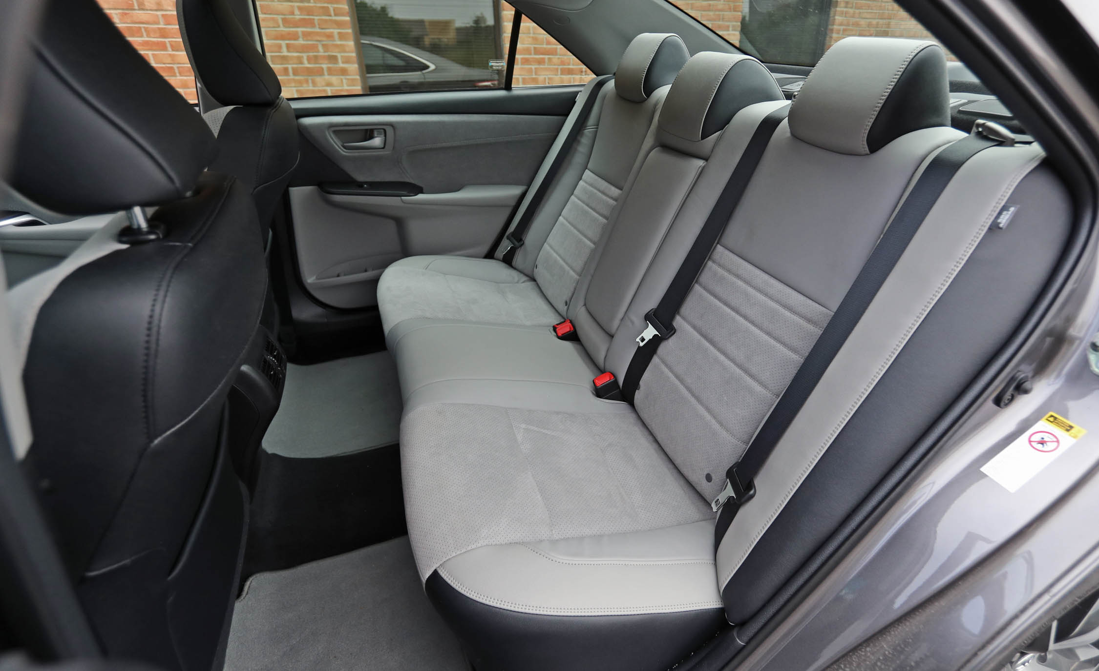 2017 Toyota Camry Interior Seats Rear (View 21 of 37)