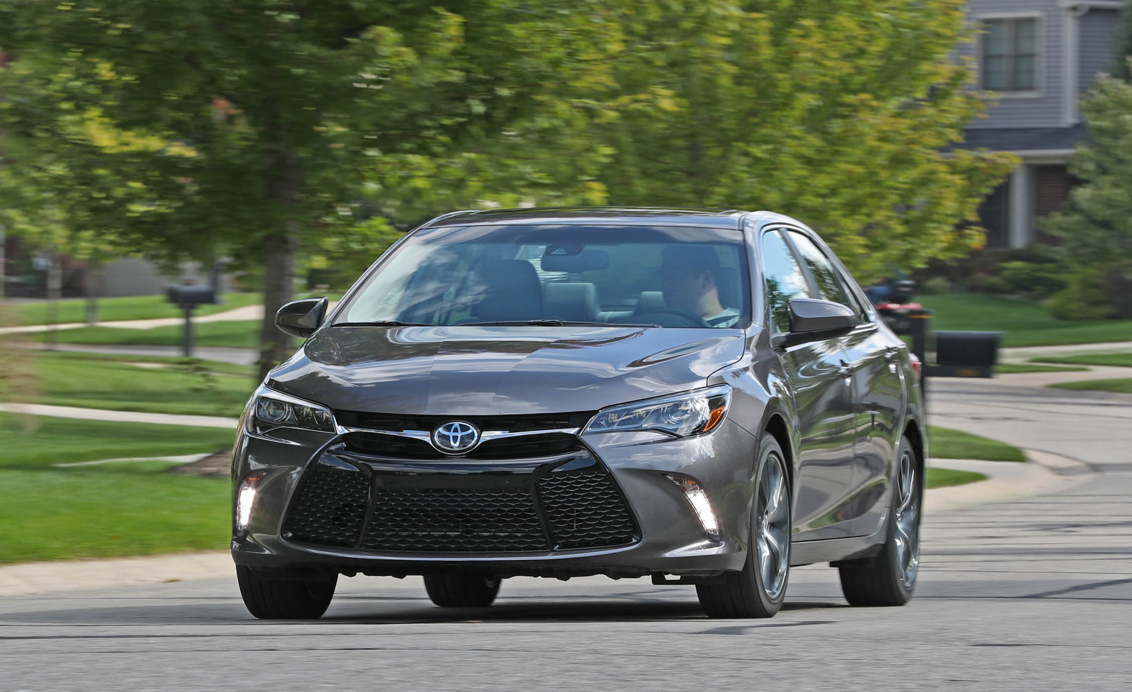 2017 Toyota Camry Test Drive Front View (View 11 of 37)