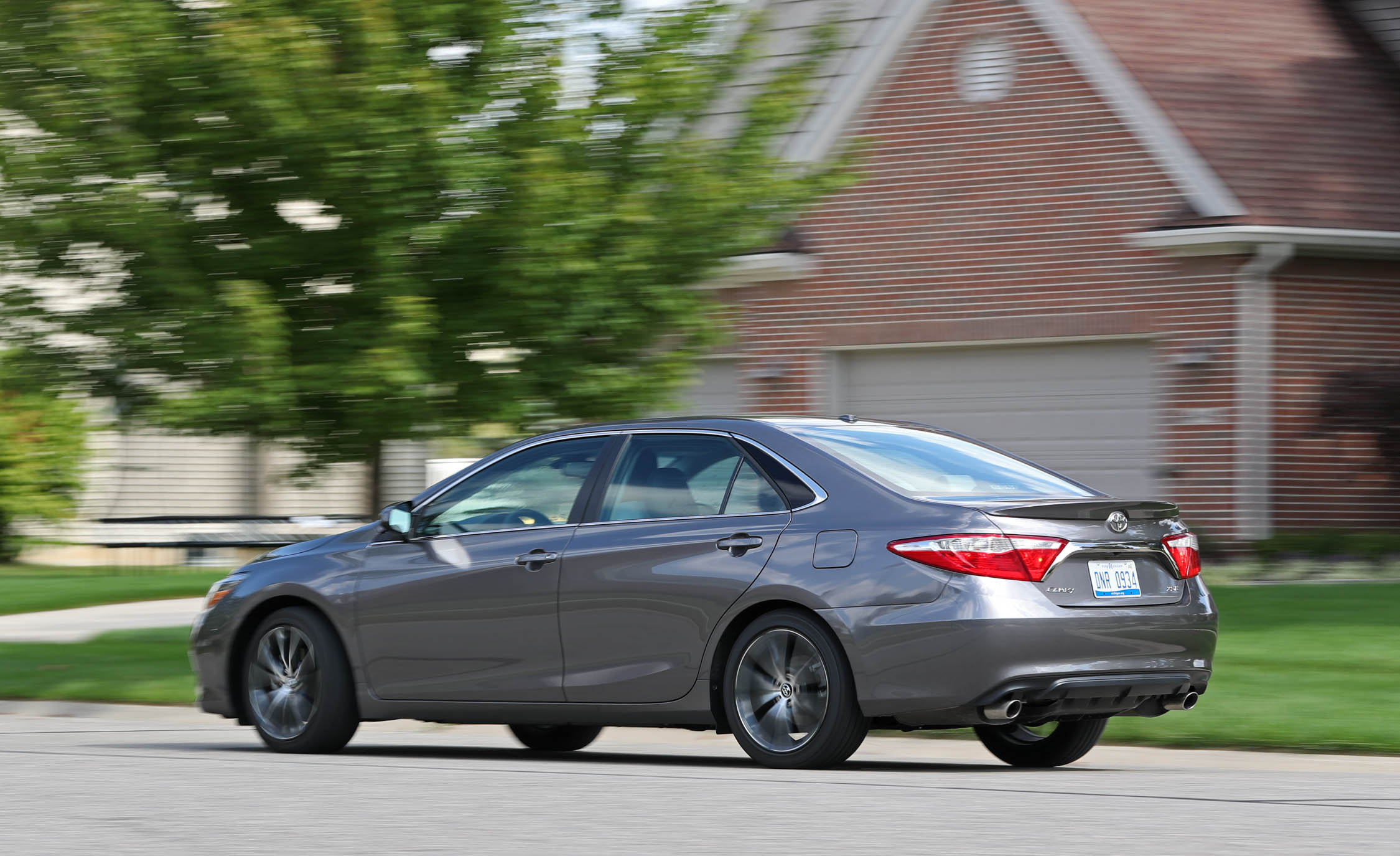 2017 Toyota Camry Test Drive Rear And Side View (Photo 32 of 37)