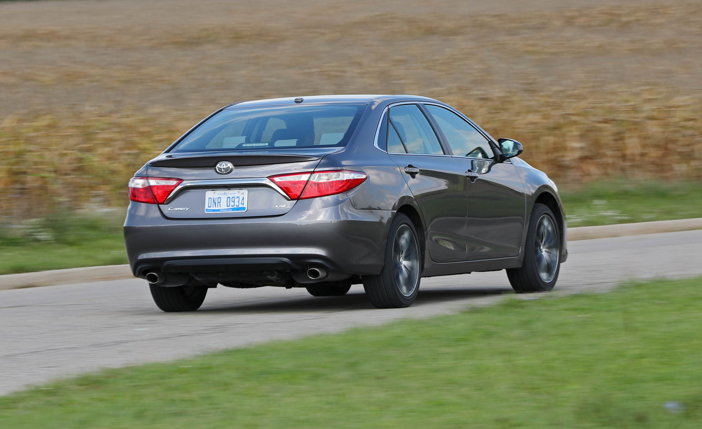 2017 Toyota Camry Test Drive Rear And Side (Photo 30 of 37)
