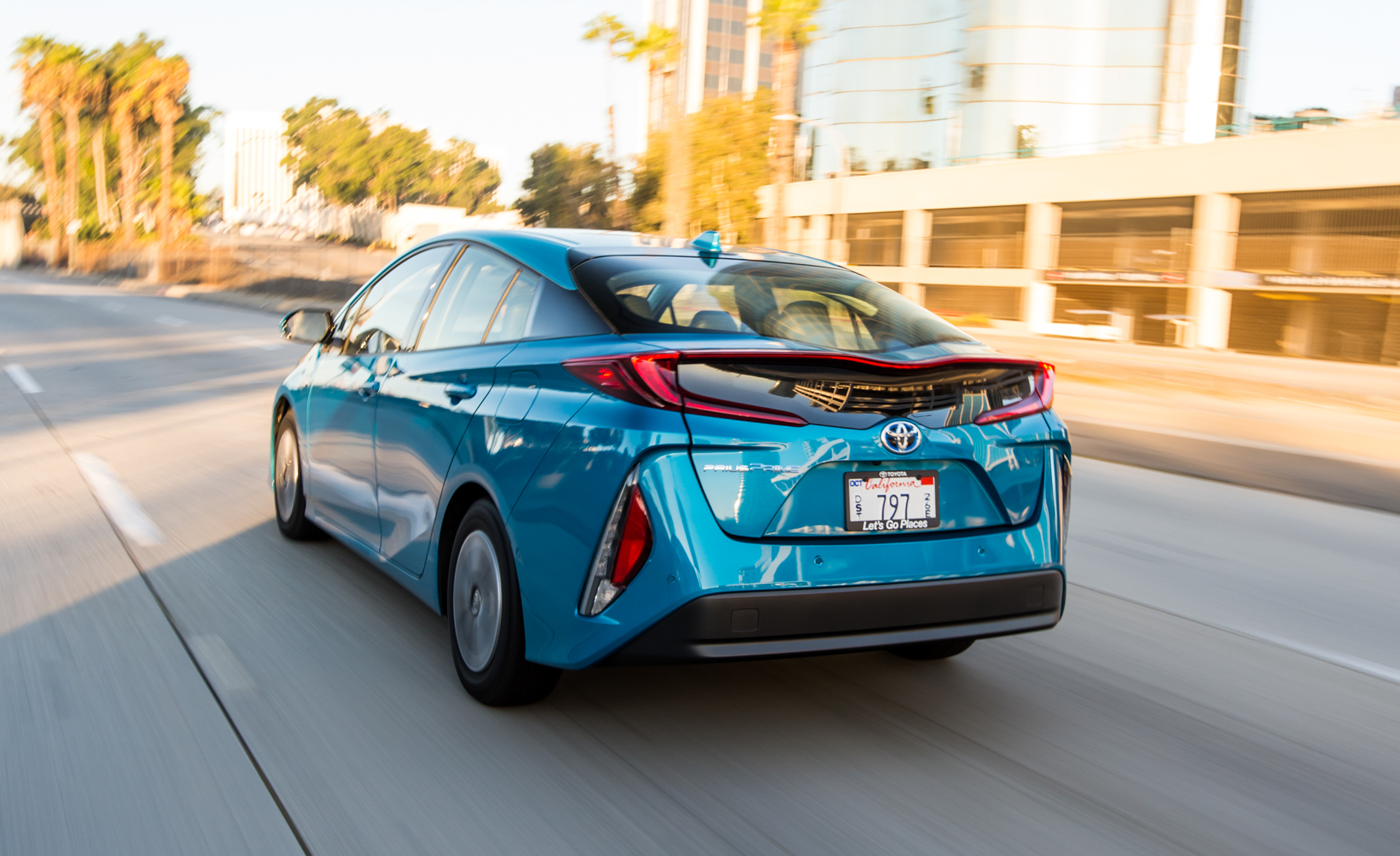 2017 Toyota Prius Prime Advanced (Photo 25 of 64)
