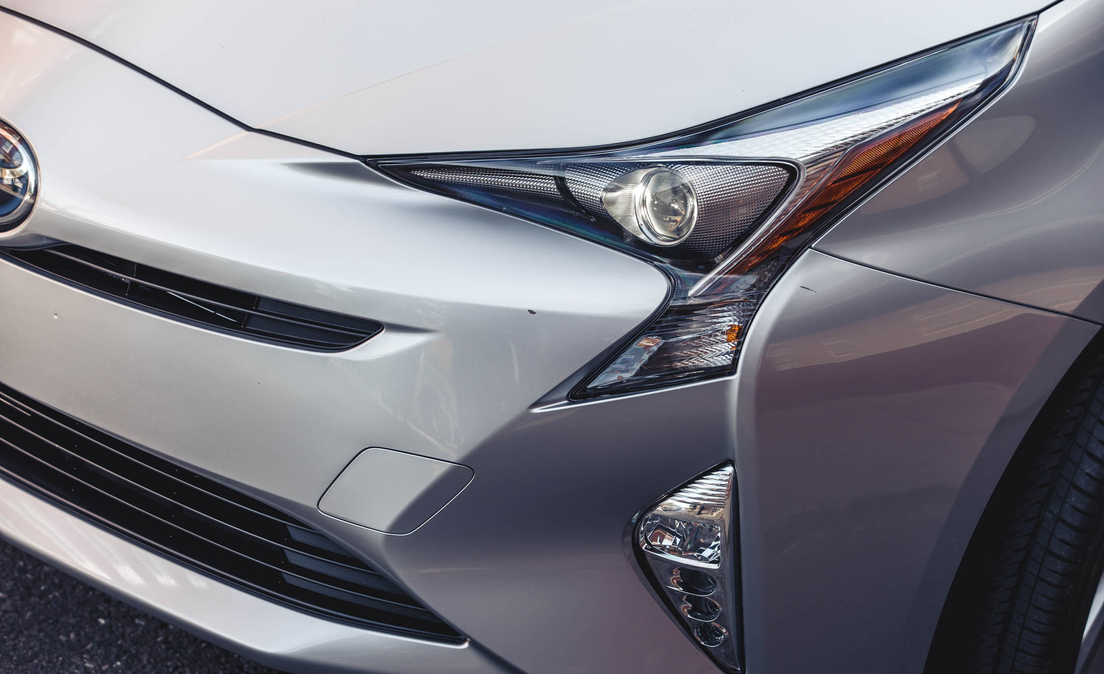 2017 Toyota Prius Exterior View Headlight (Photo 36 of 64)