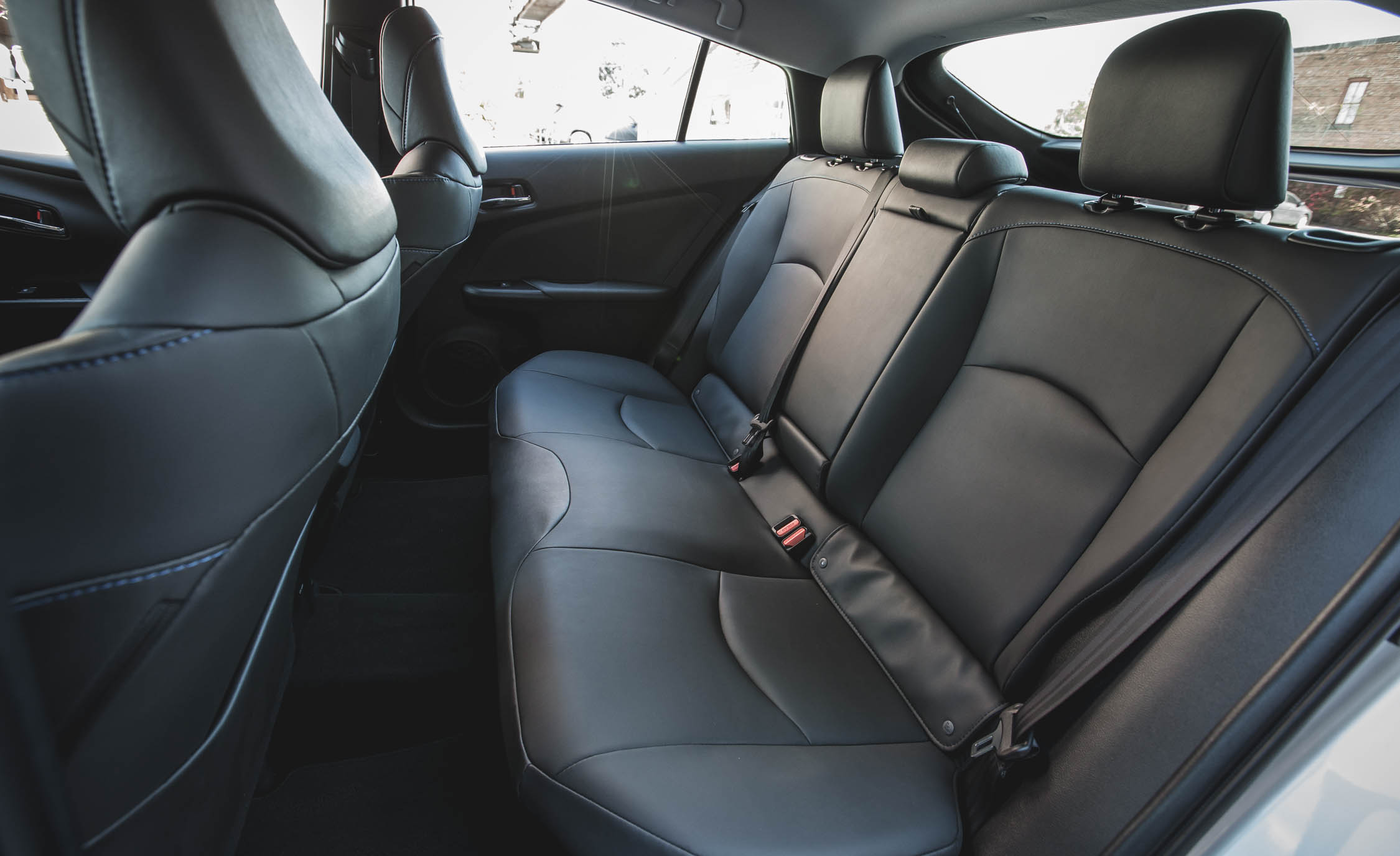 2017 Toyota Prius Interior Seats Rear (Photo 46 of 64)