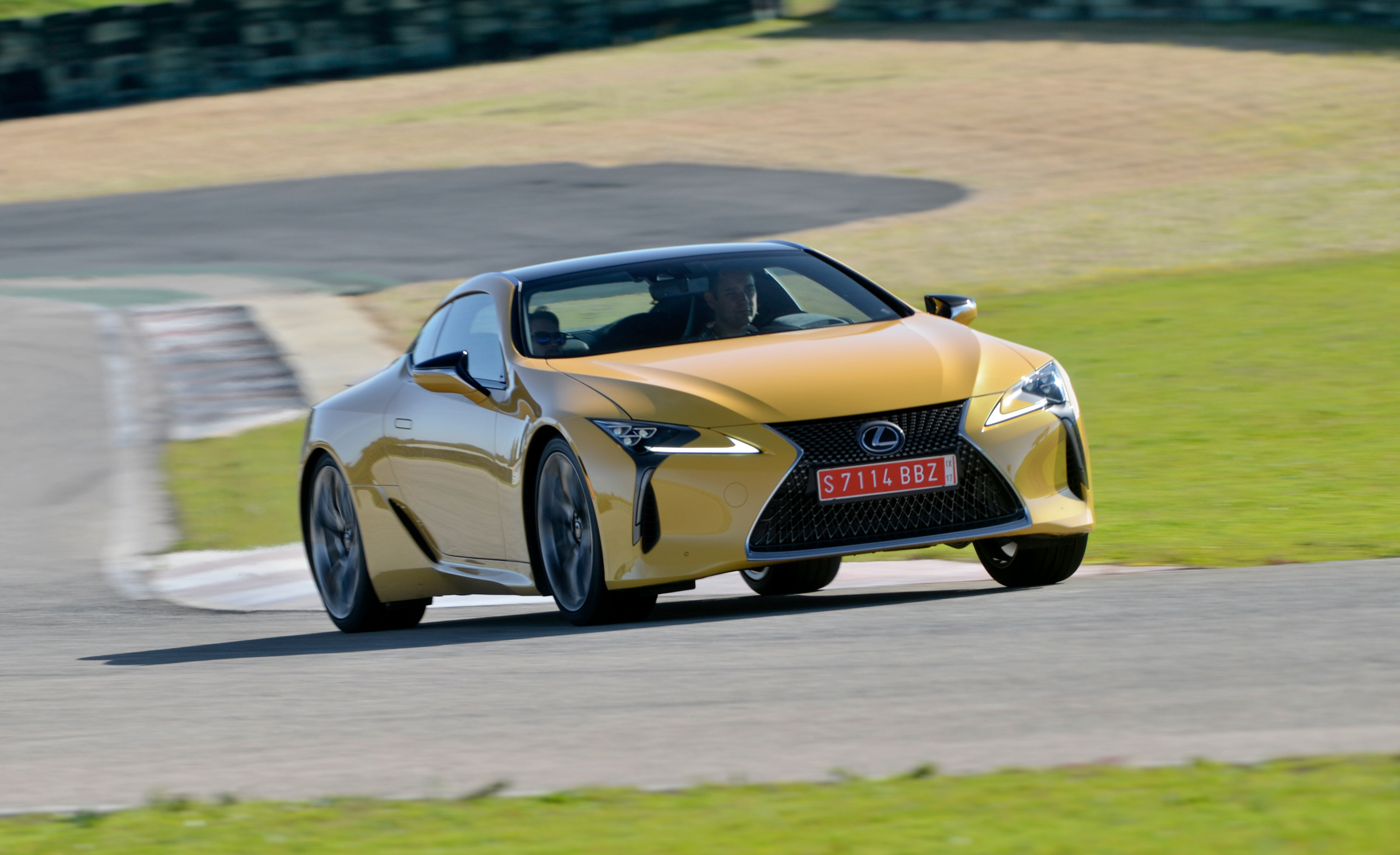 2018 Lexus Lc 500 Yellow Test Drive Front View (Photo 18 of 84)