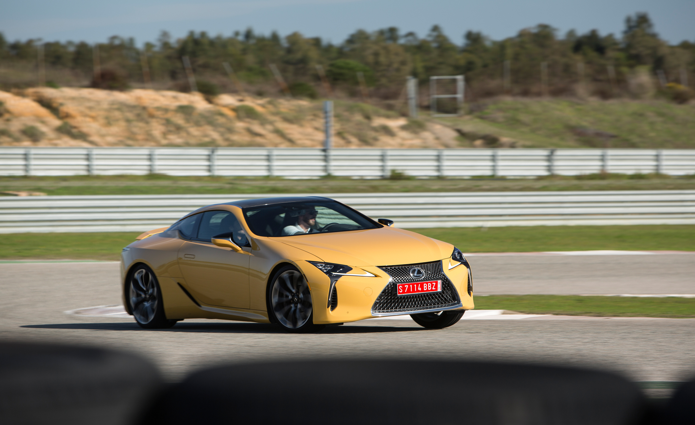 2018 Lexus Lc 500 Yellow Test Drive Performance (Photo 17 of 84)