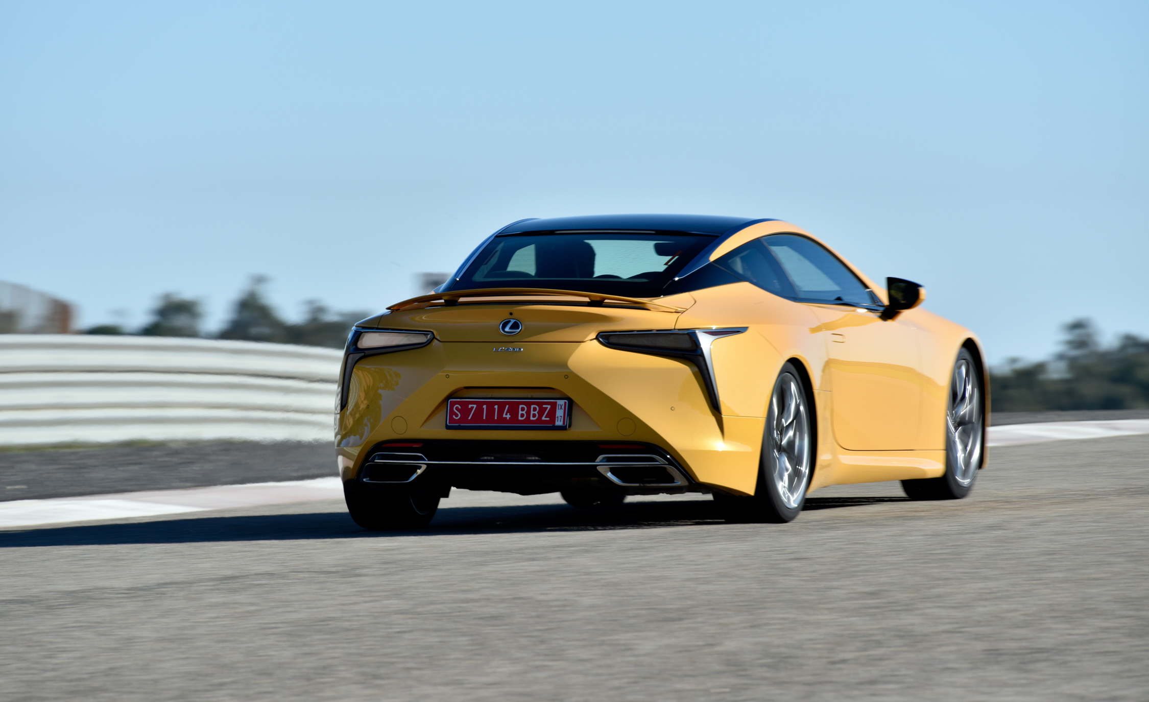 2018 Lexus Lc 500 Yellow Test Drive Rear Corner (Photo 34 of 84)