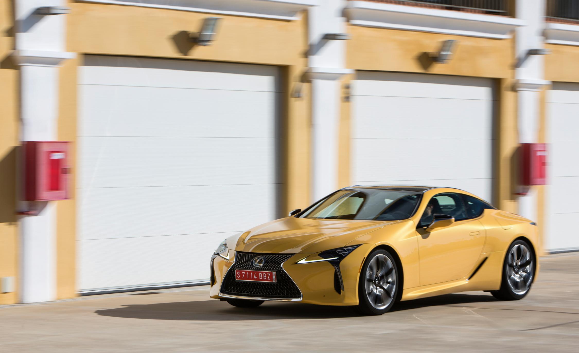 2018 Lexus Lc 500 Yellow Test Drive (Photo 29 of 84)