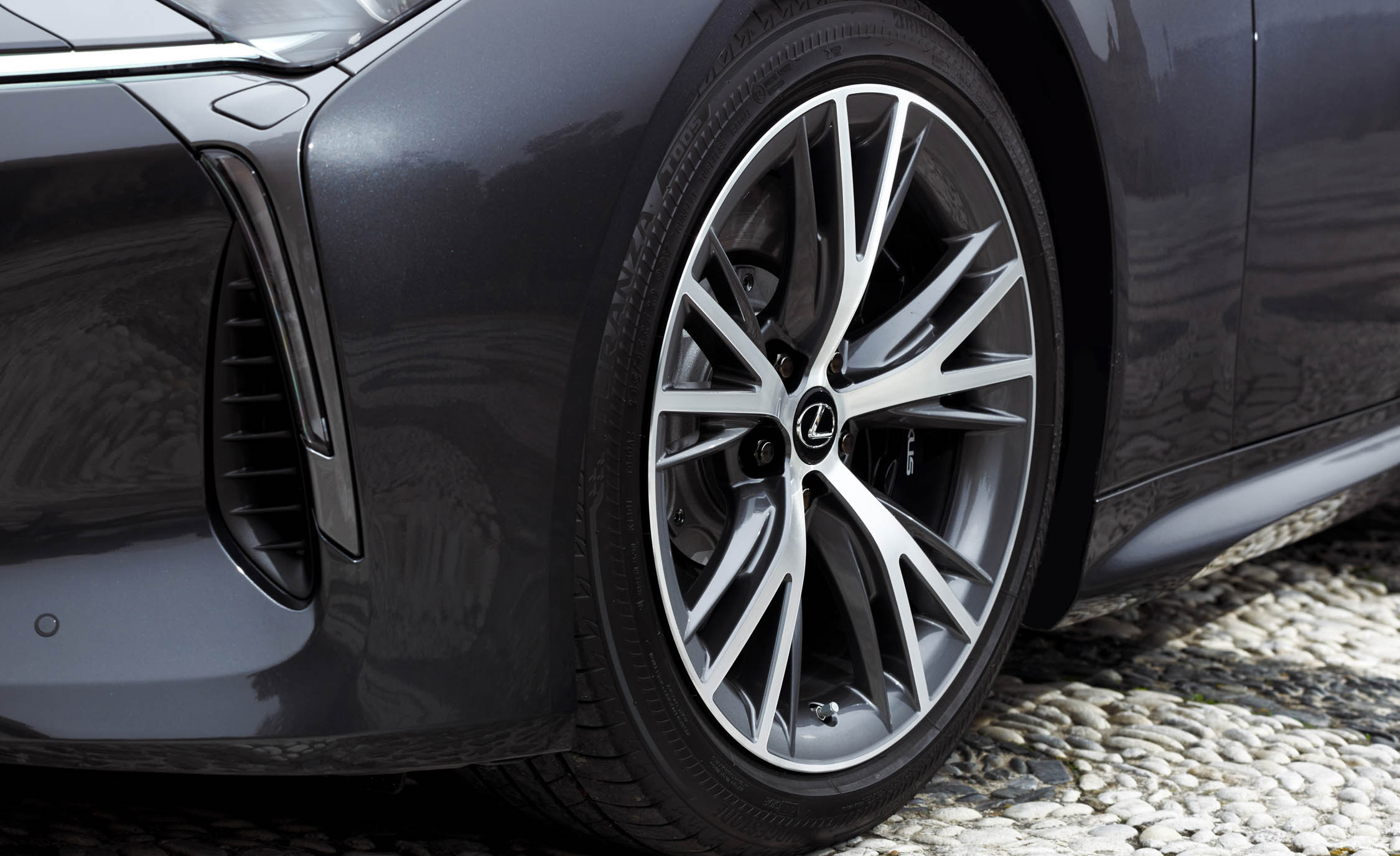 2018 Lexus Lc 500 Black Exterior View Wheel Trim (Photo 69 of 84)