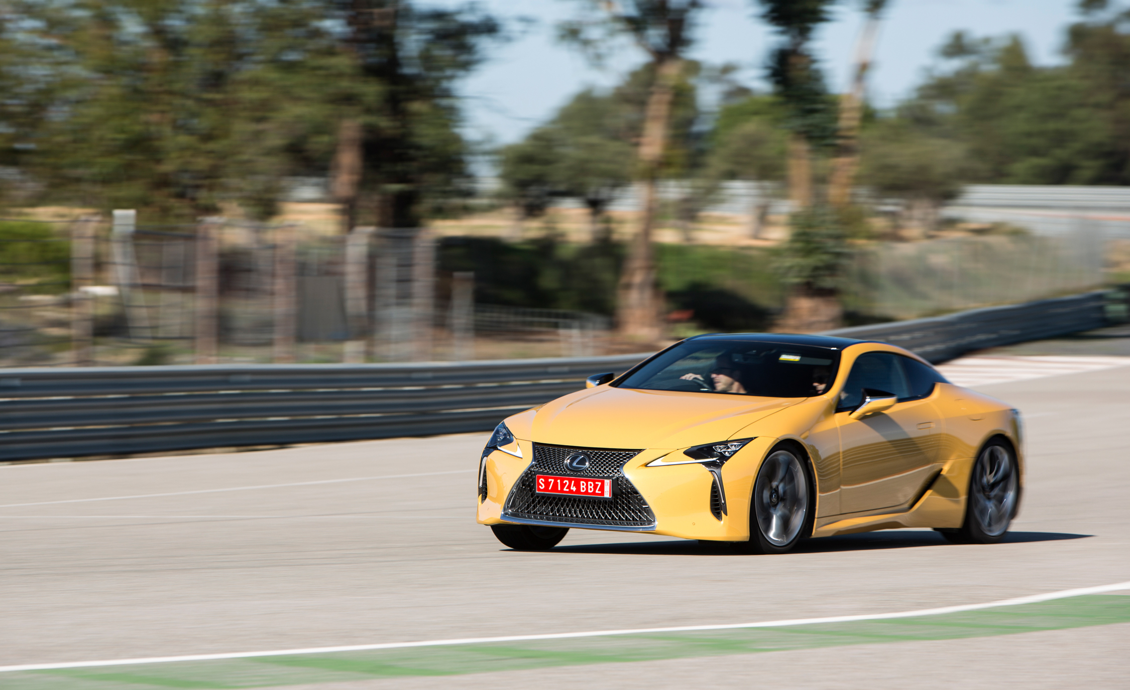 2018 Lexus Lc 500 Performance Test (Photo 19 of 84)