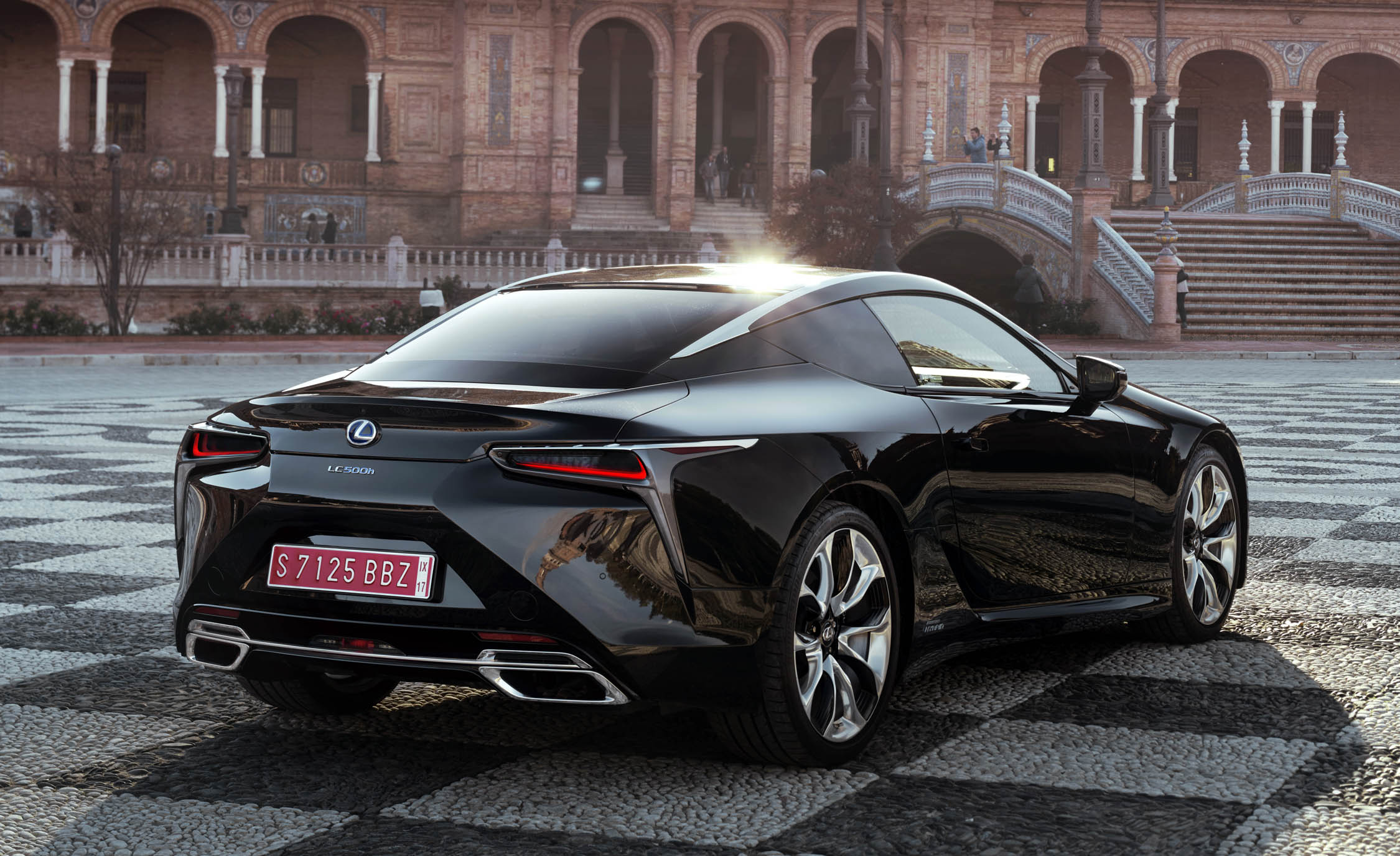 2018 Lexus Lc 500h Black Exterior Rear And Side (View 57 of 84)