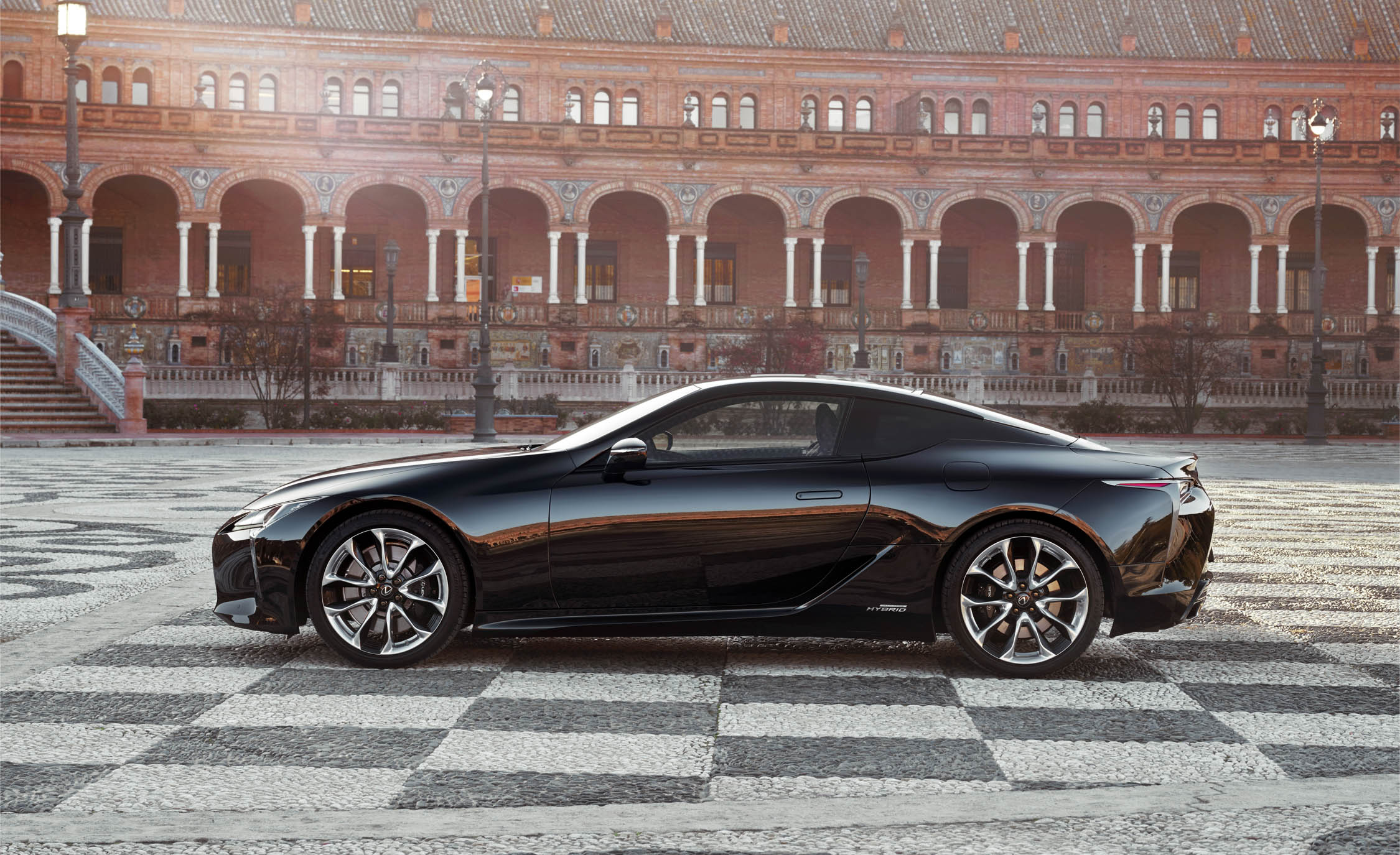2018 Lexus Lc 500h Black Exterior Side (Photo 45 of 84)