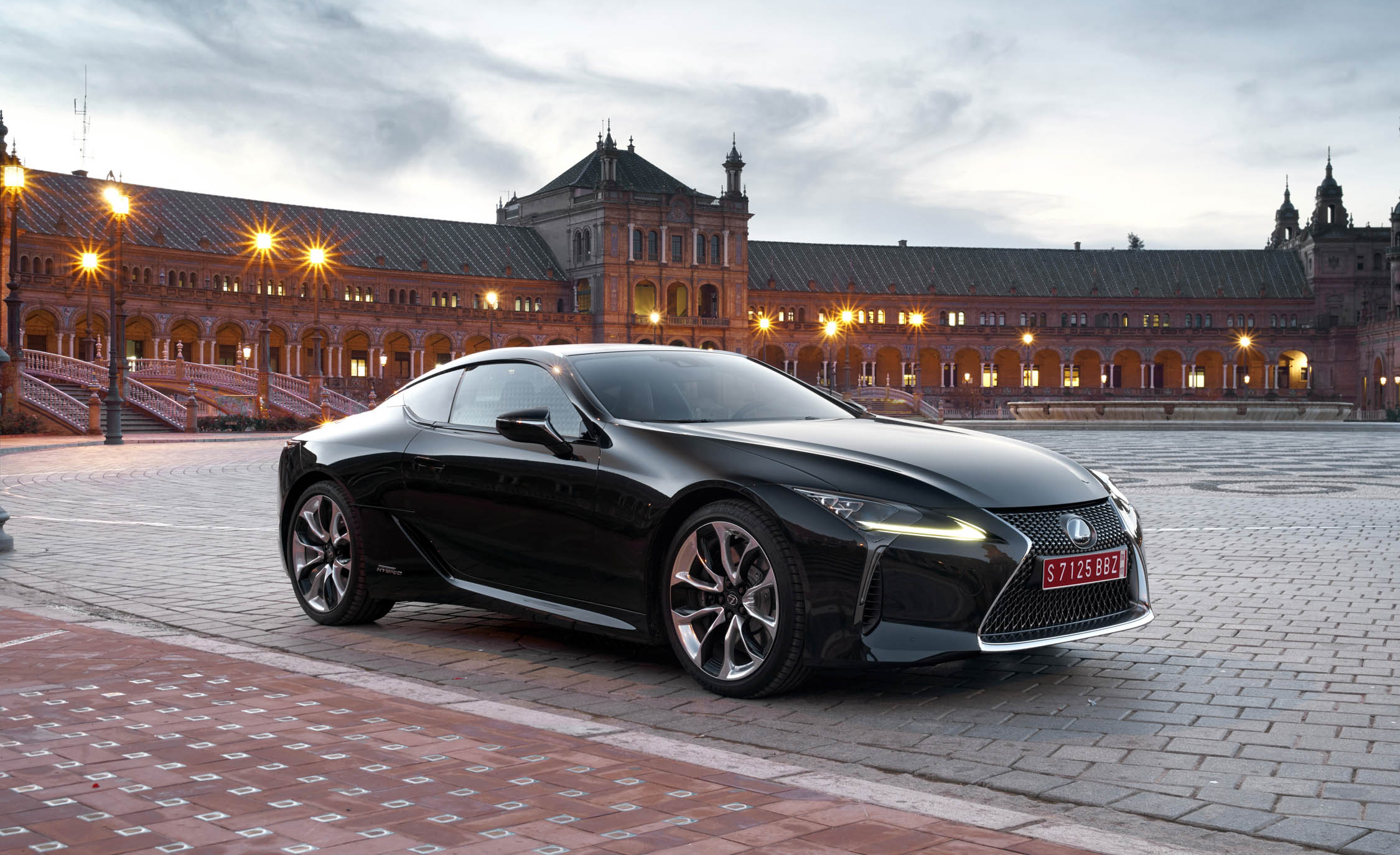 2018 Lexus Lc 500h Black Exterior (Photo 39 of 84)