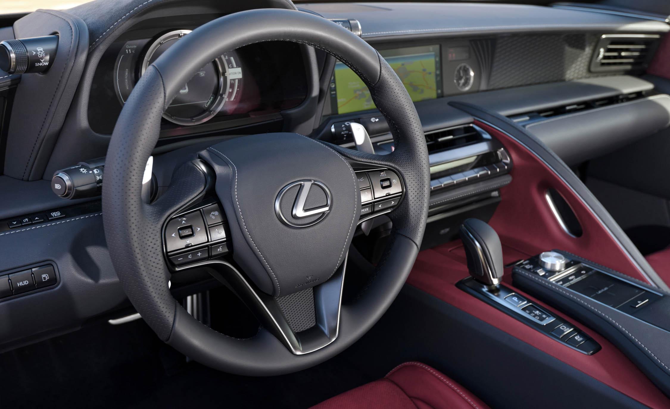 2018 Lexus Lc 500h Interior View Steering Wheel (Photo 56 of 84)