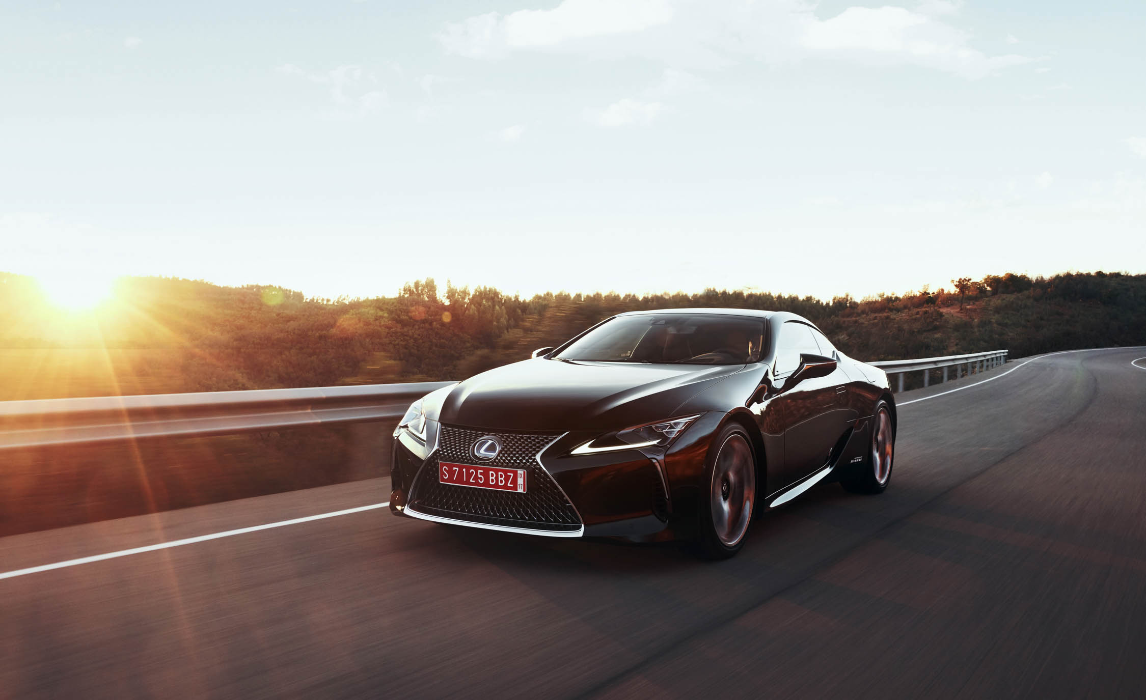 2018 Lexus Lc 500h Test Drive Front And Side View (Photo 42 of 84)