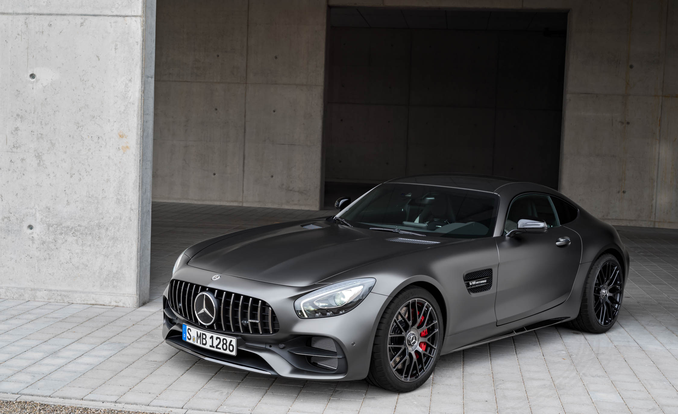 2018 Mercedes Amg Gt C Exterior Front And Side (Photo 5 of 23)