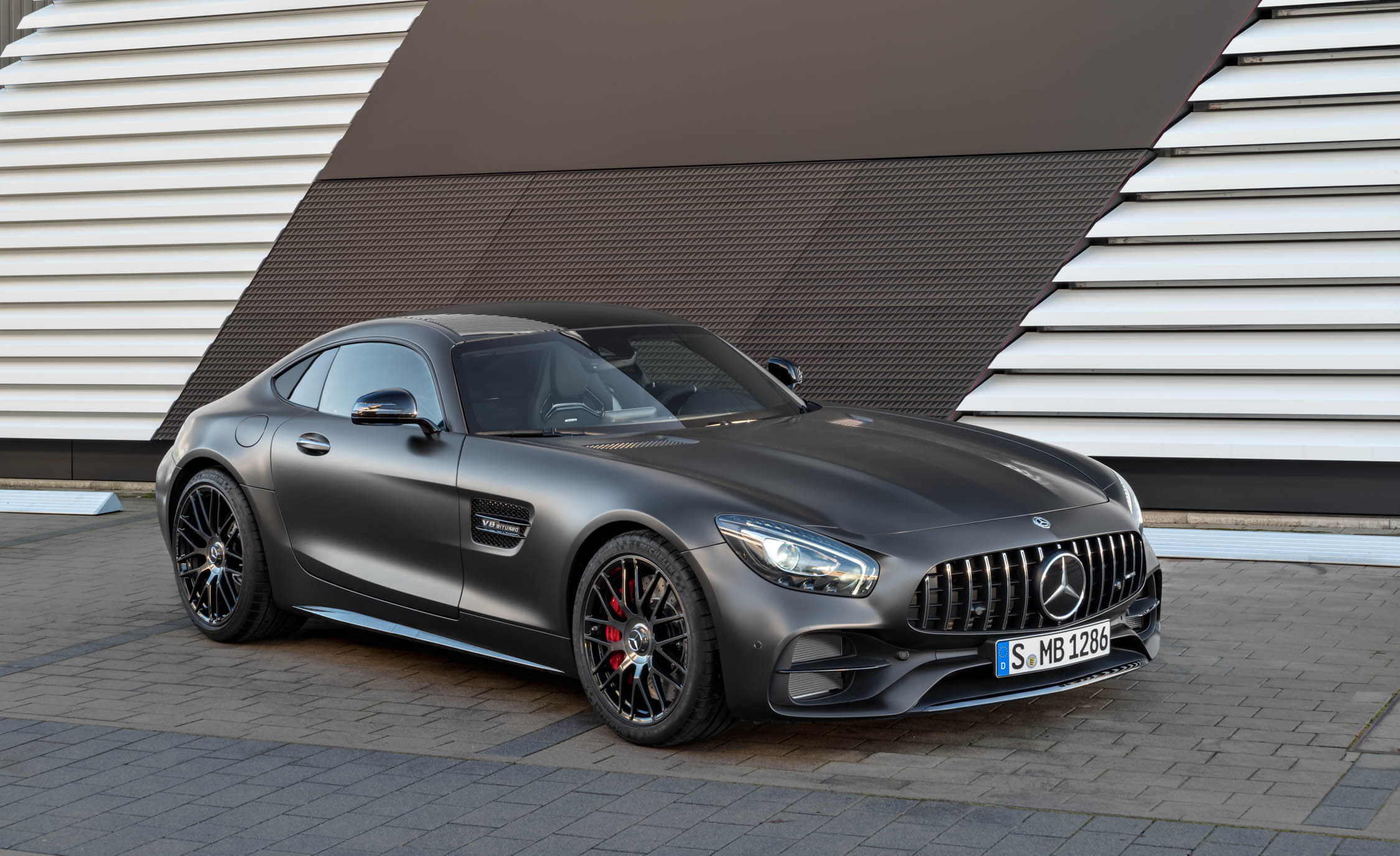 2018 Mercedes Amg Gt C Exterior (Photo 4 of 23)