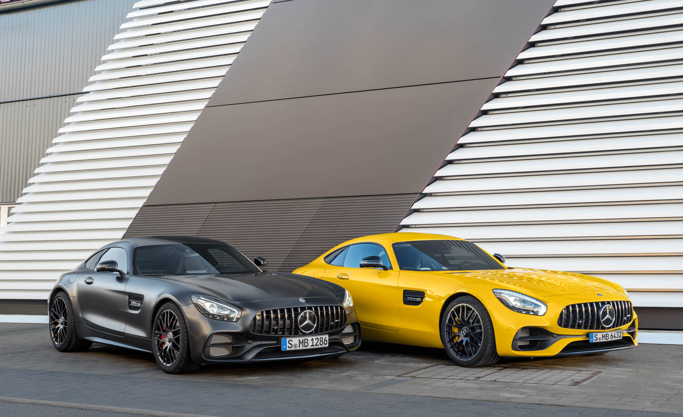 2018 Mercedes Amg Gt S And 2018 Mercedes Amg Gt C (View 9 of 23)