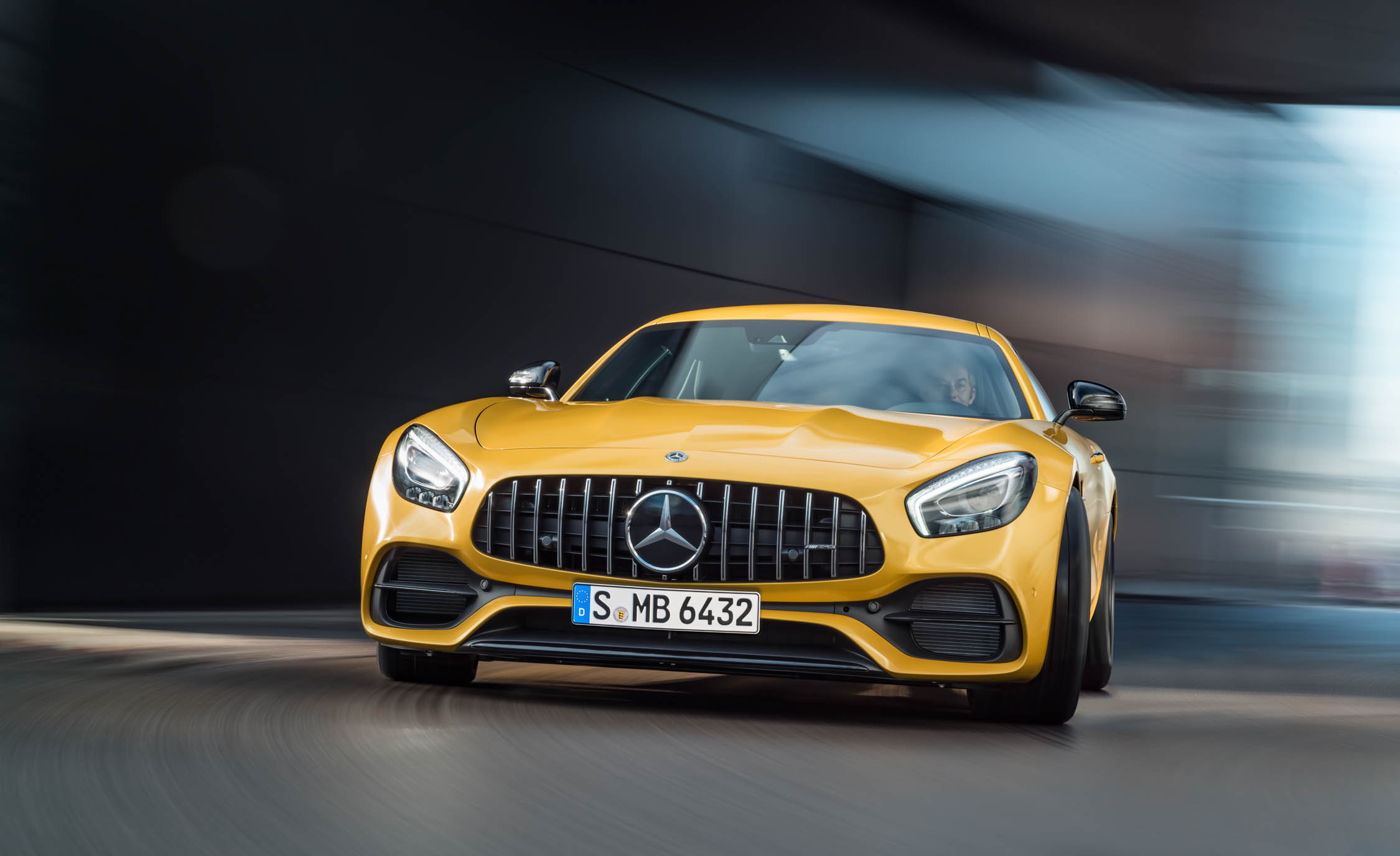 2018 Mercedes Amg Gt S Exterior Front (Photo 18 of 23)