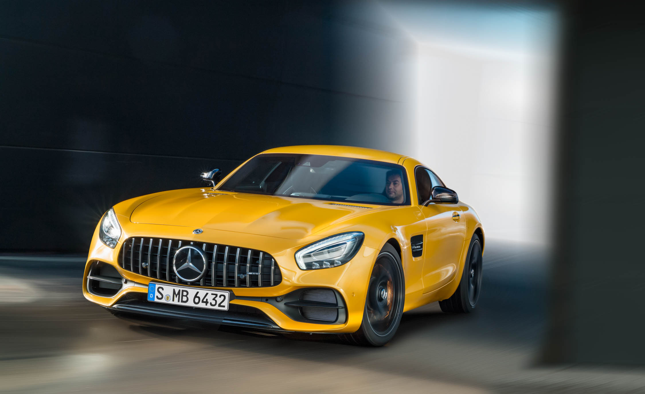 2018 Mercedes Amg Gt S Exterior Yellow (View 5 of 23)