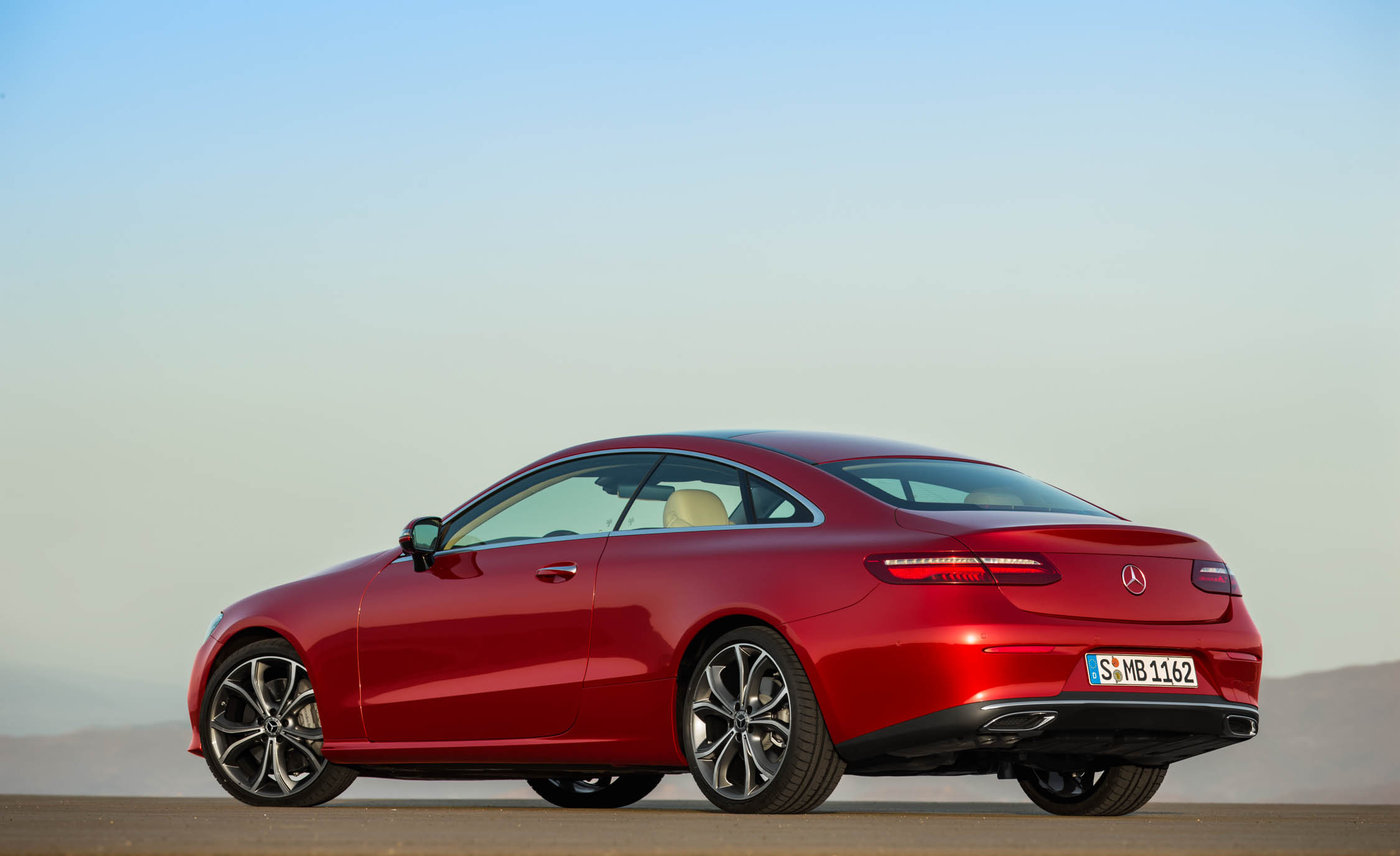 2018 Mercedes Benz E Class Coupe (Photo 46 of 60)