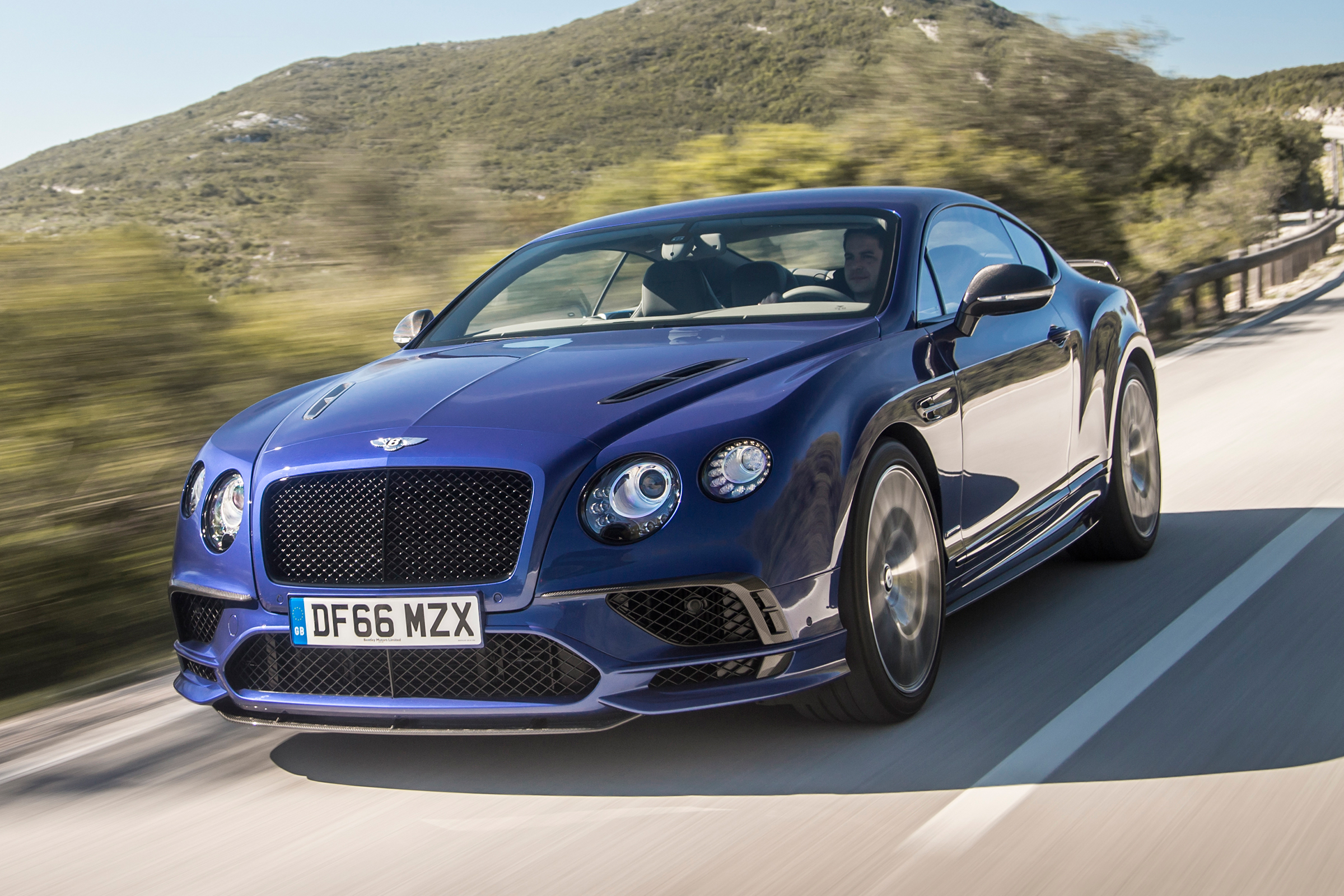 Bentley Continental Supersports  (Photo 31 of 31)