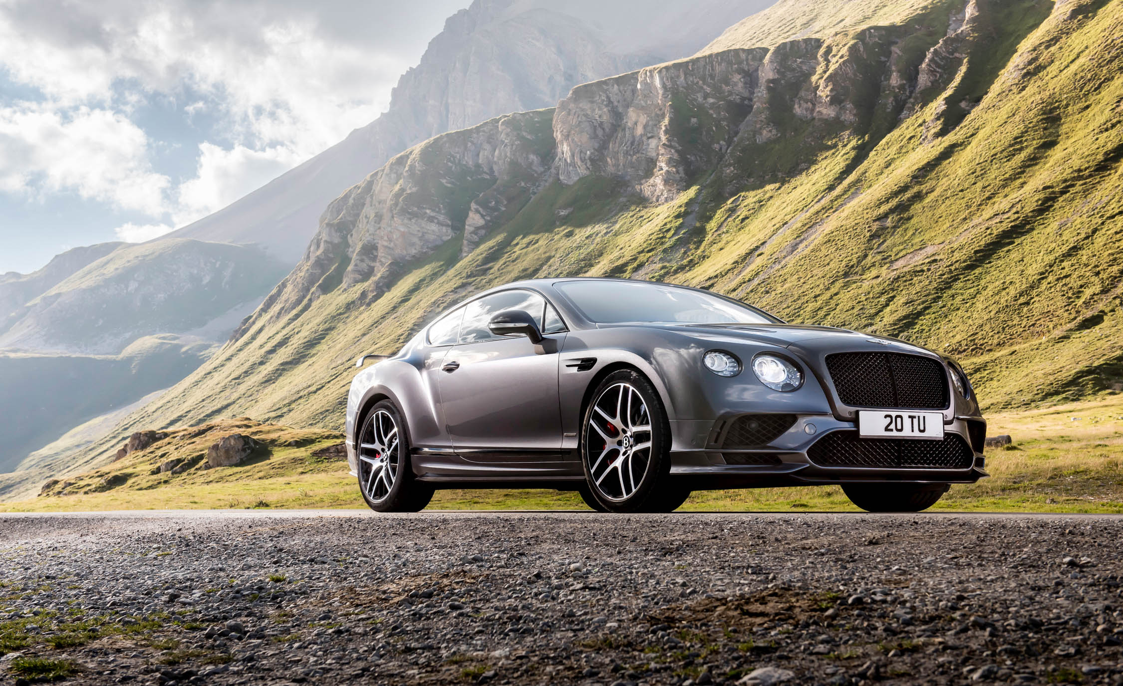 2017 Bentley Continental Supersports (Photo 8 of 31)