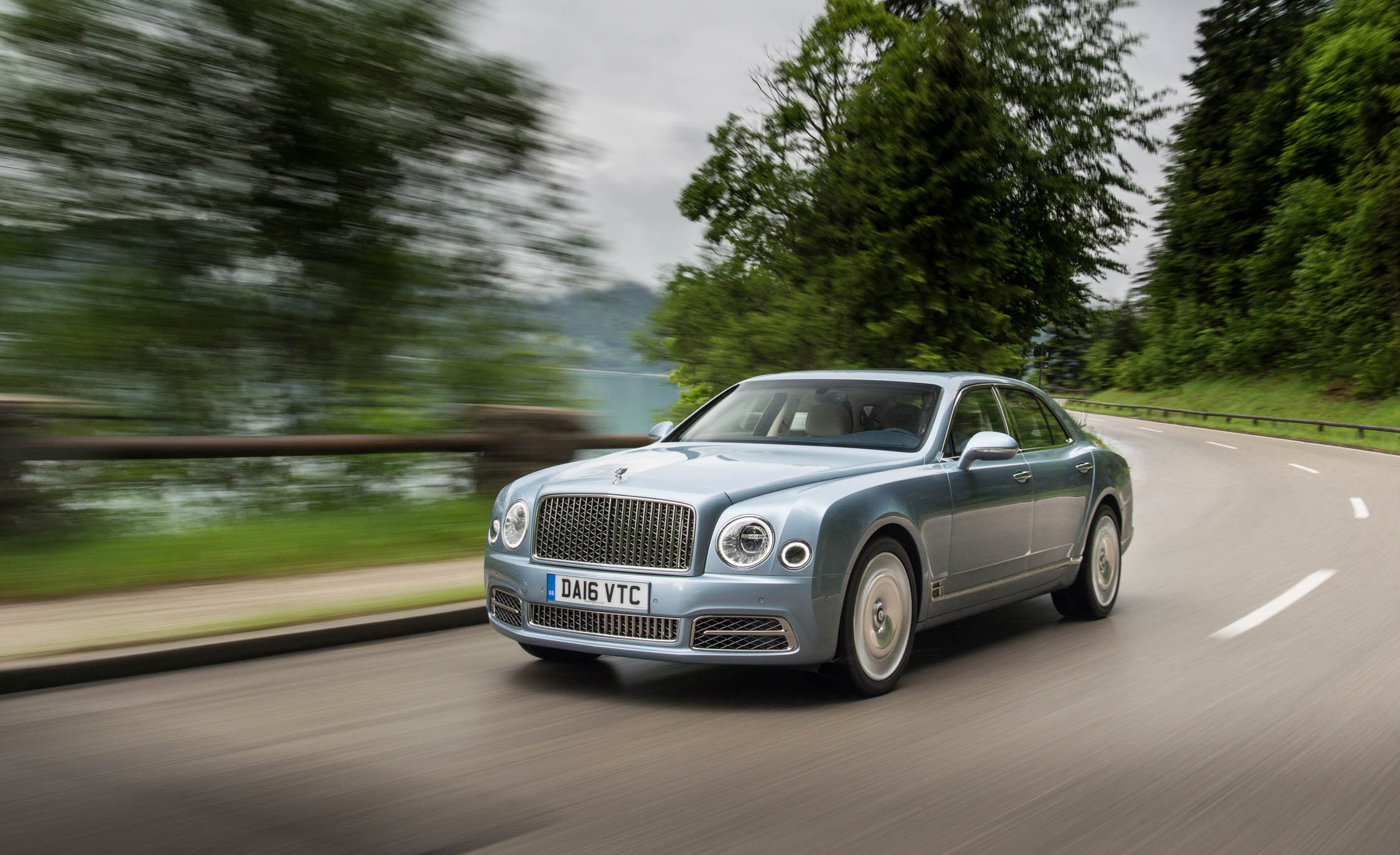 Featured Image of 2017 Bentley Mulsanne