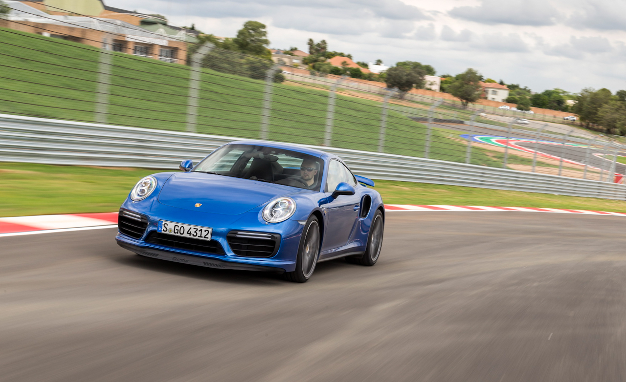 Porsche 911 Turbo Blue (Photo 46 of 58)