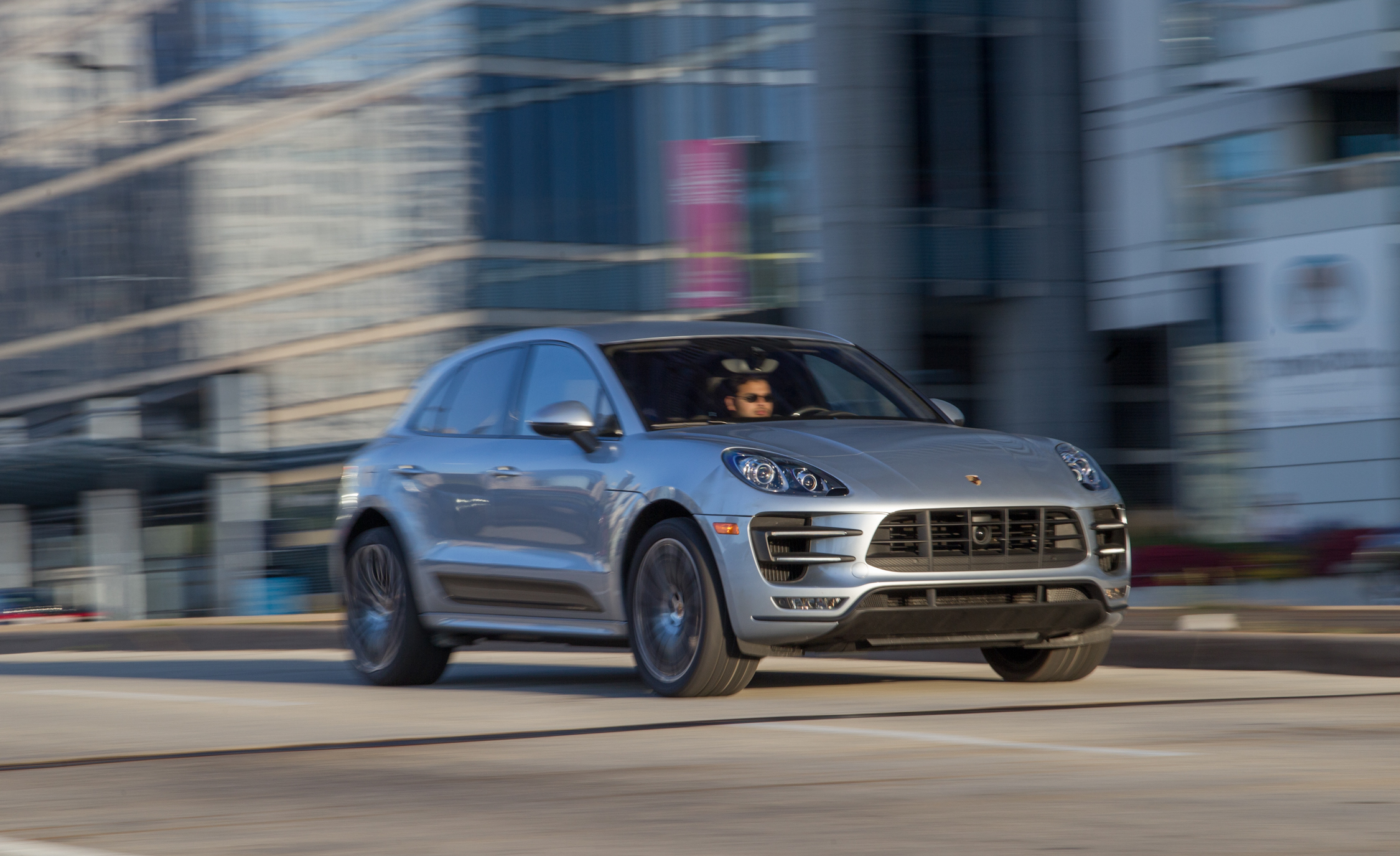 2015 Porsche Macan Turbo (View 14 of 20)